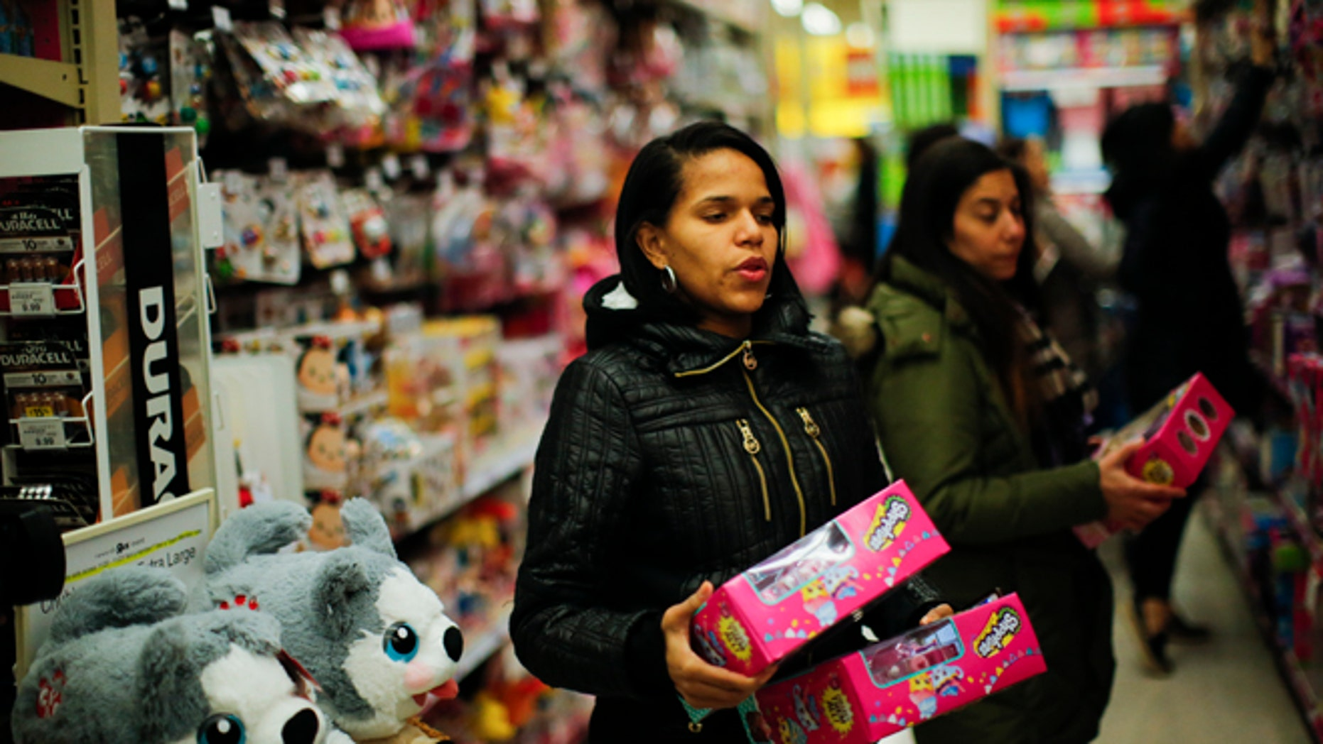 Shoppers during early Black Friday events on November 24, 2016 in Paramus, New Jersey.