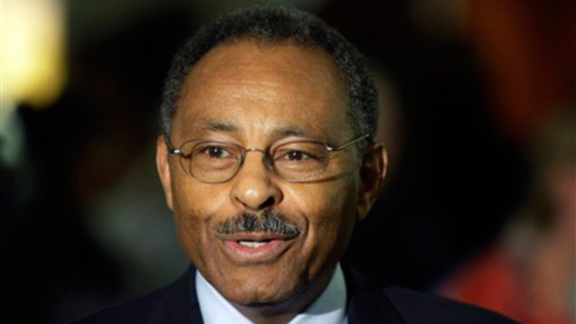 Jan. 5, 2009: Roland Burris talks with the media after arriving at Baltimore/Washington International Thurgood Marshall Airport in Linthicum, Md.