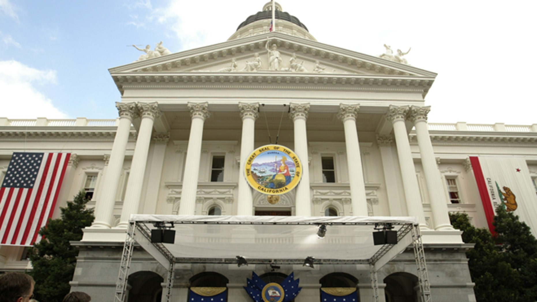 FILE: 2003: The California state capital building in Sacramento, Calif.