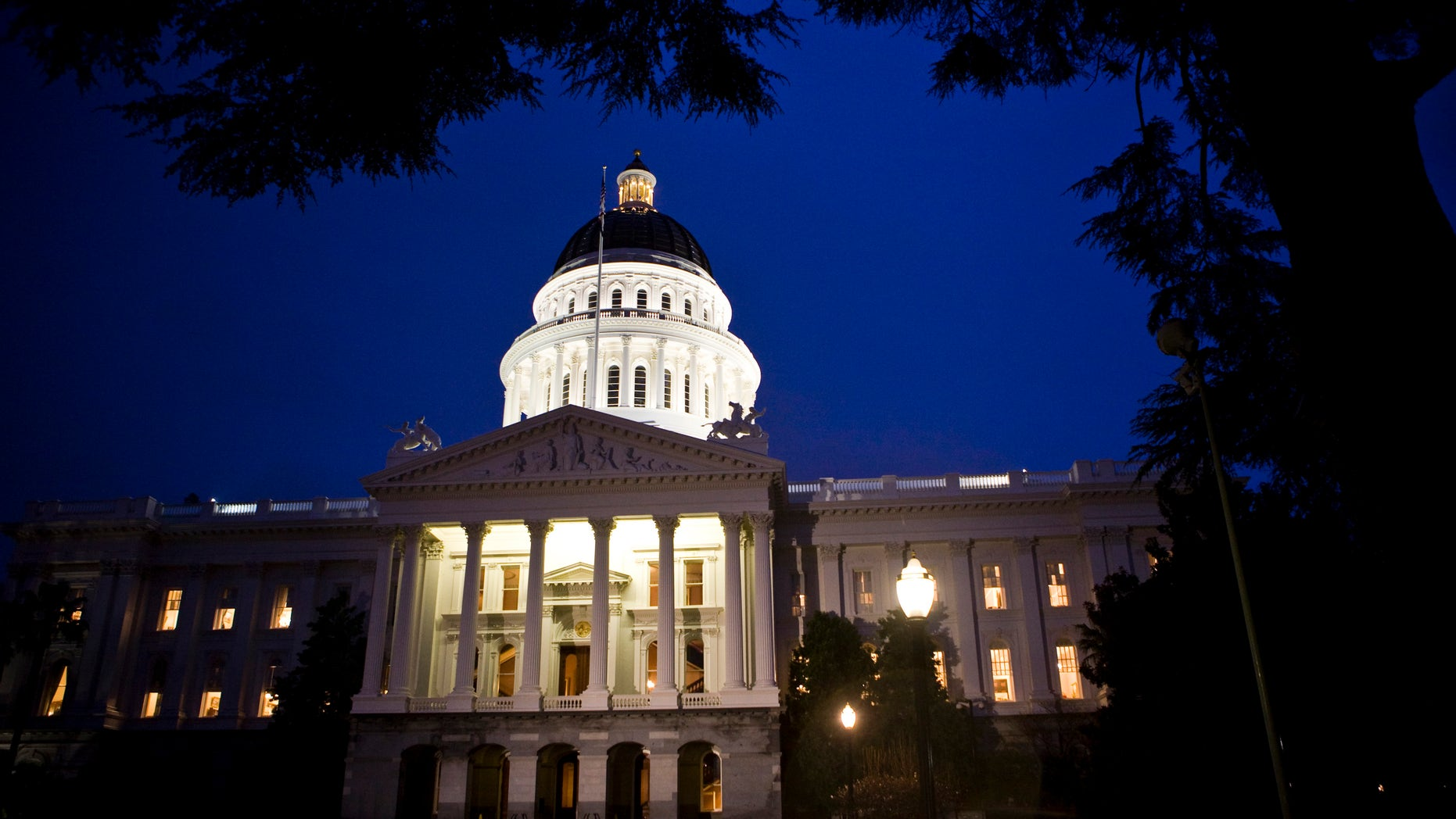 The exterior shot of the State Capitol in Sacramento, California.