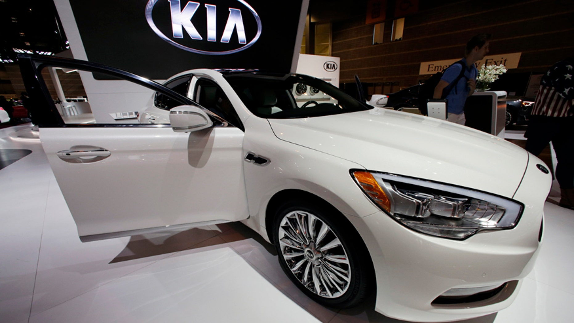 FILE - In this Feb. 7, 2014 file photo, the Kia 2015 K900, V8 is on display during the media preview of the Chicago Auto Show at McCormick Place in Chicago. Kia placed second on J.D. Power and Associates' annual survey of new vehicle quality, released Wednesday, June 17, 2015. (AP photo/Nam Y. Huh, File)