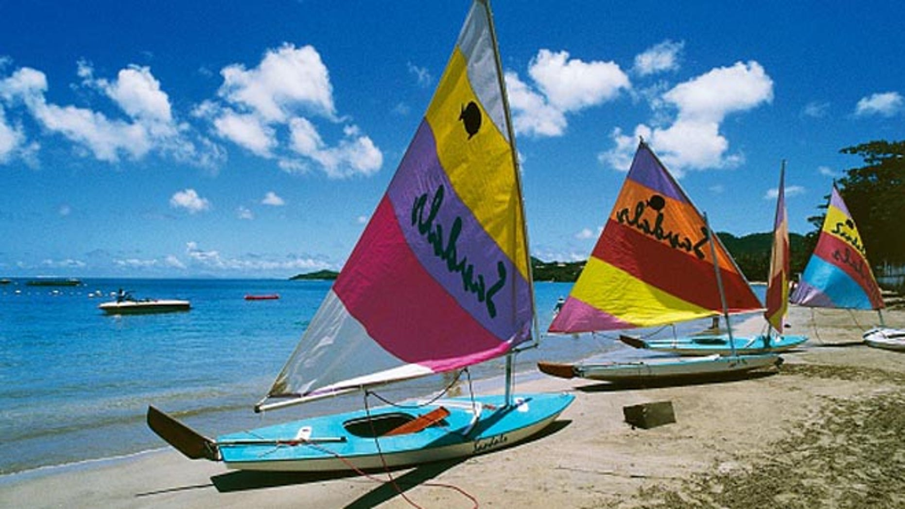 UNITED STATES - AUGUST 02: Small sailing boats on a beach, US Virgin islands, United States of America. (Photo by DeAgostini/Getty Images)