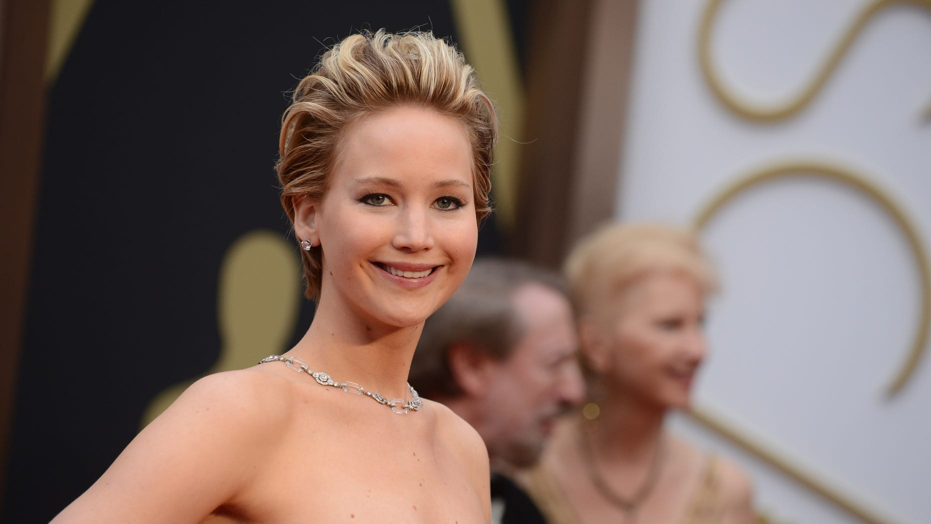 Jennifer Lawrence arrives at the Oscarsat the Dolby Theatre in Los Angeles, on March 2, 2014.