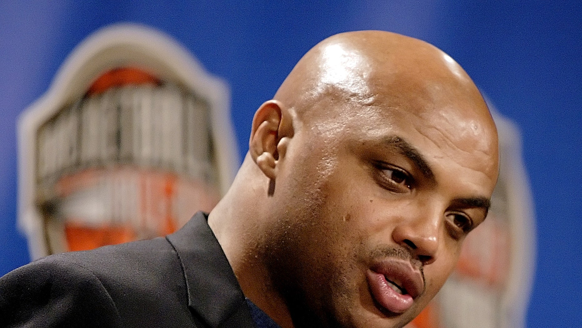 Former NBA player Charles Barkley has an opinion on everything. (AP/Stephan Savoia)