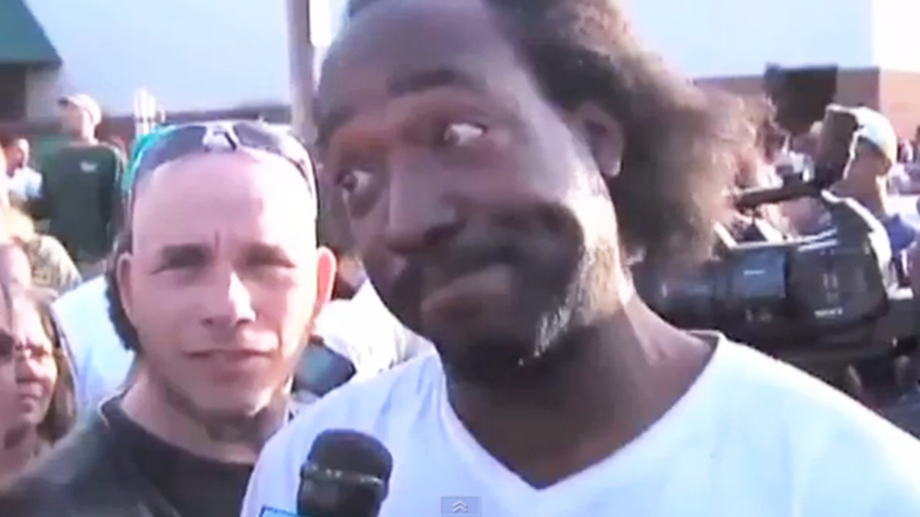 "Charles Ramsey is seen in the ""Dead Giveaway"" viral video."