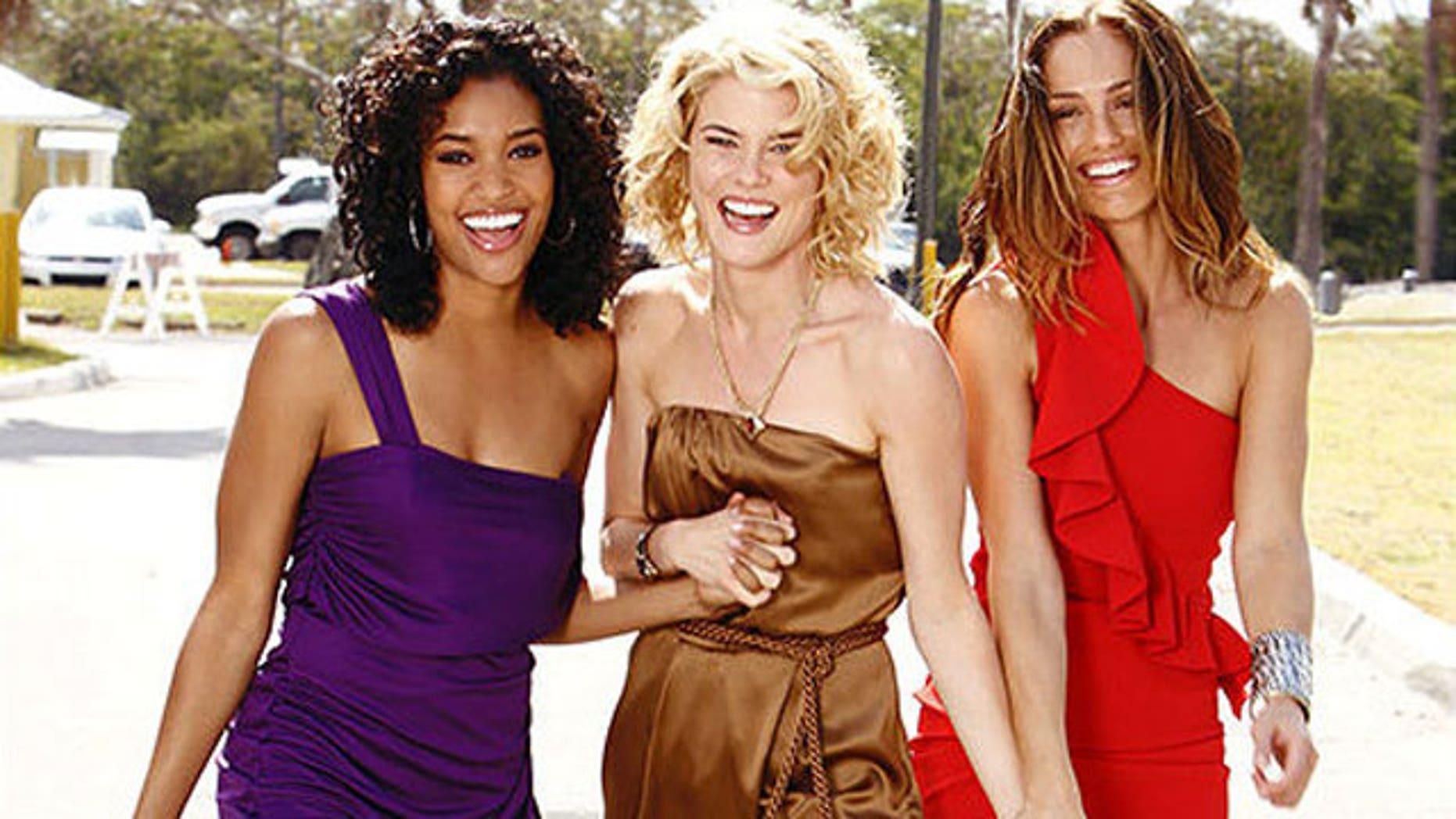 'Charlie's Angels' stars Annie Ilonzeh, Minka Rachel Taylor and Minka Kelly (ABC)