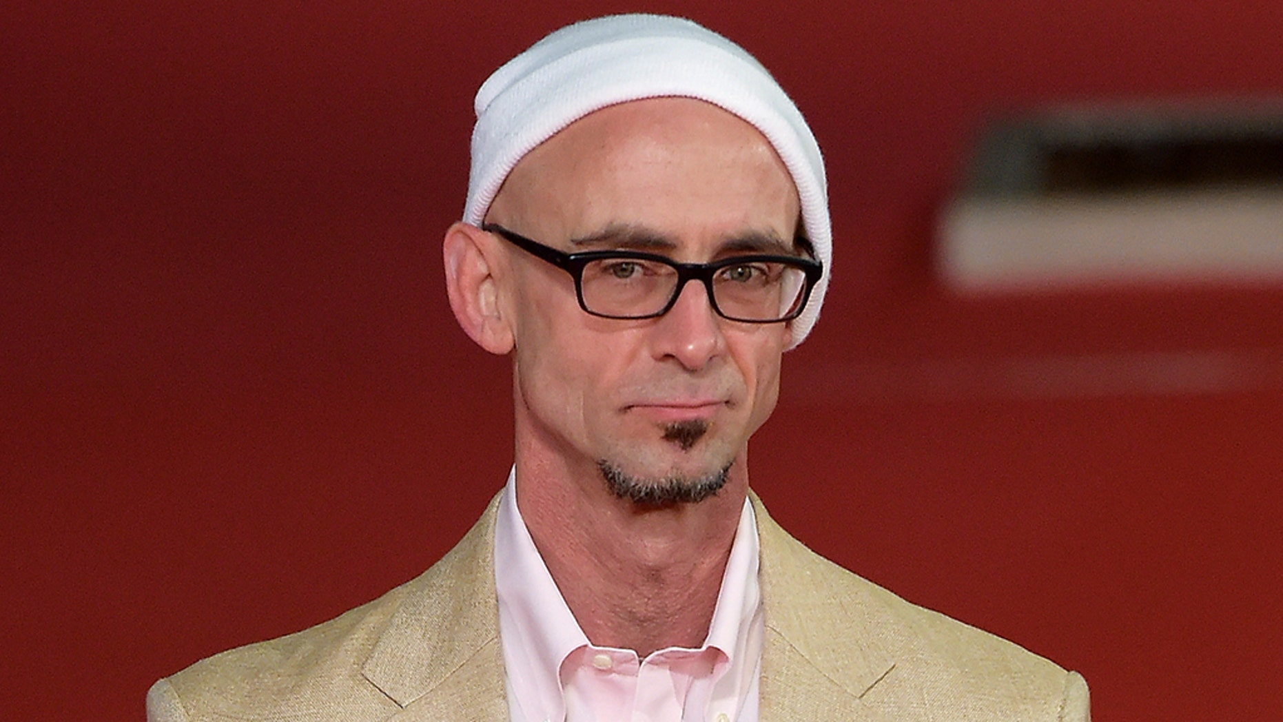 """""""I apologize for cursing my publishers,"""" Chuck Palahniuk, the author of """"Fight Club,"""" wrote."""