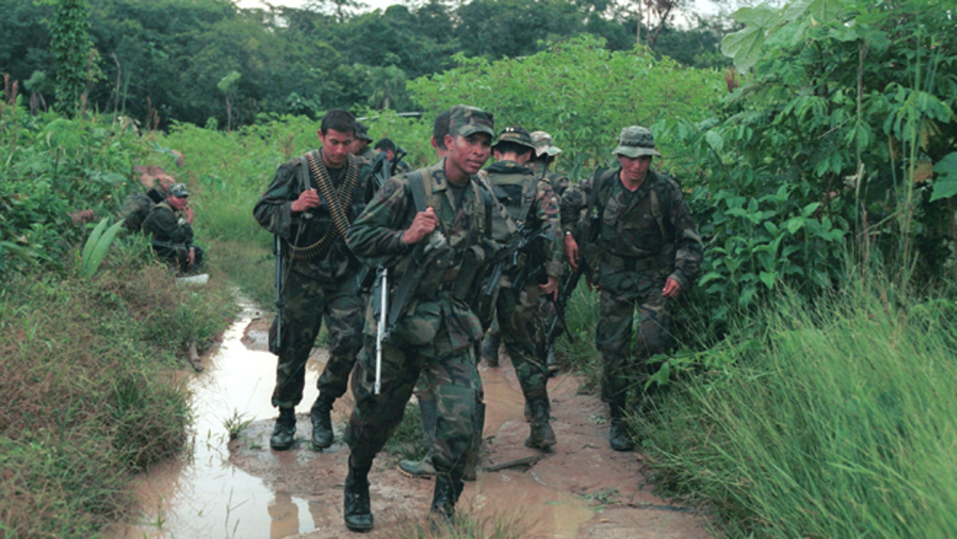 Colombian special forces soldiers during a counter guerrilla operation August 25, 2001 in Guaviare, Colombia.