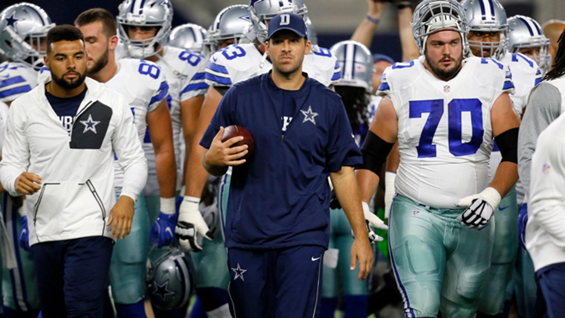 Dallas Cowboys' Tony Romo on Oct. 30, 2016.