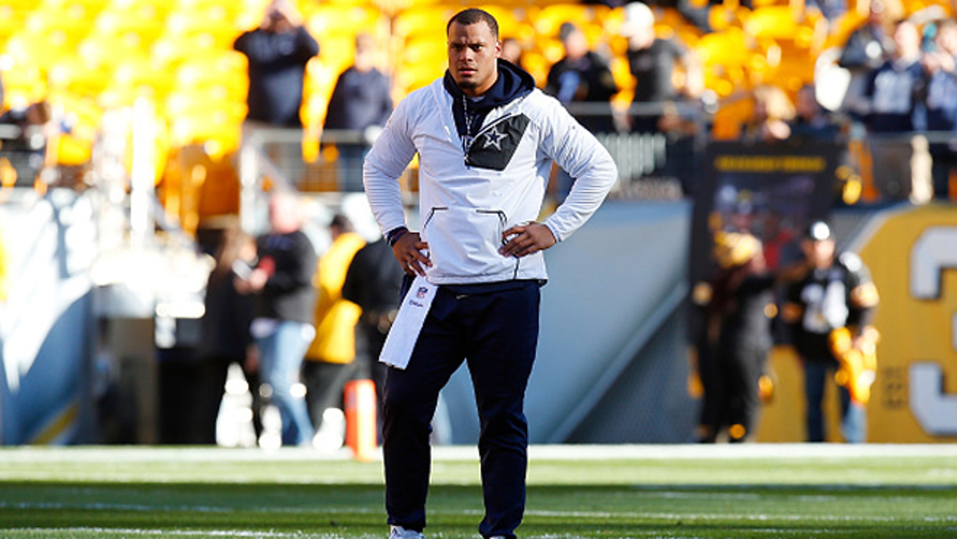 PITTSBURGH, PA - NOVEMBER 13:  Dak Prescott #4 of the Dallas Cowboys warms up before the game against the Pittsburgh Steelers at Heinz Field on November 13, 2016 in Pittsburgh, Pennsylvania. (Photo by Justin K. Aller/Getty Images)