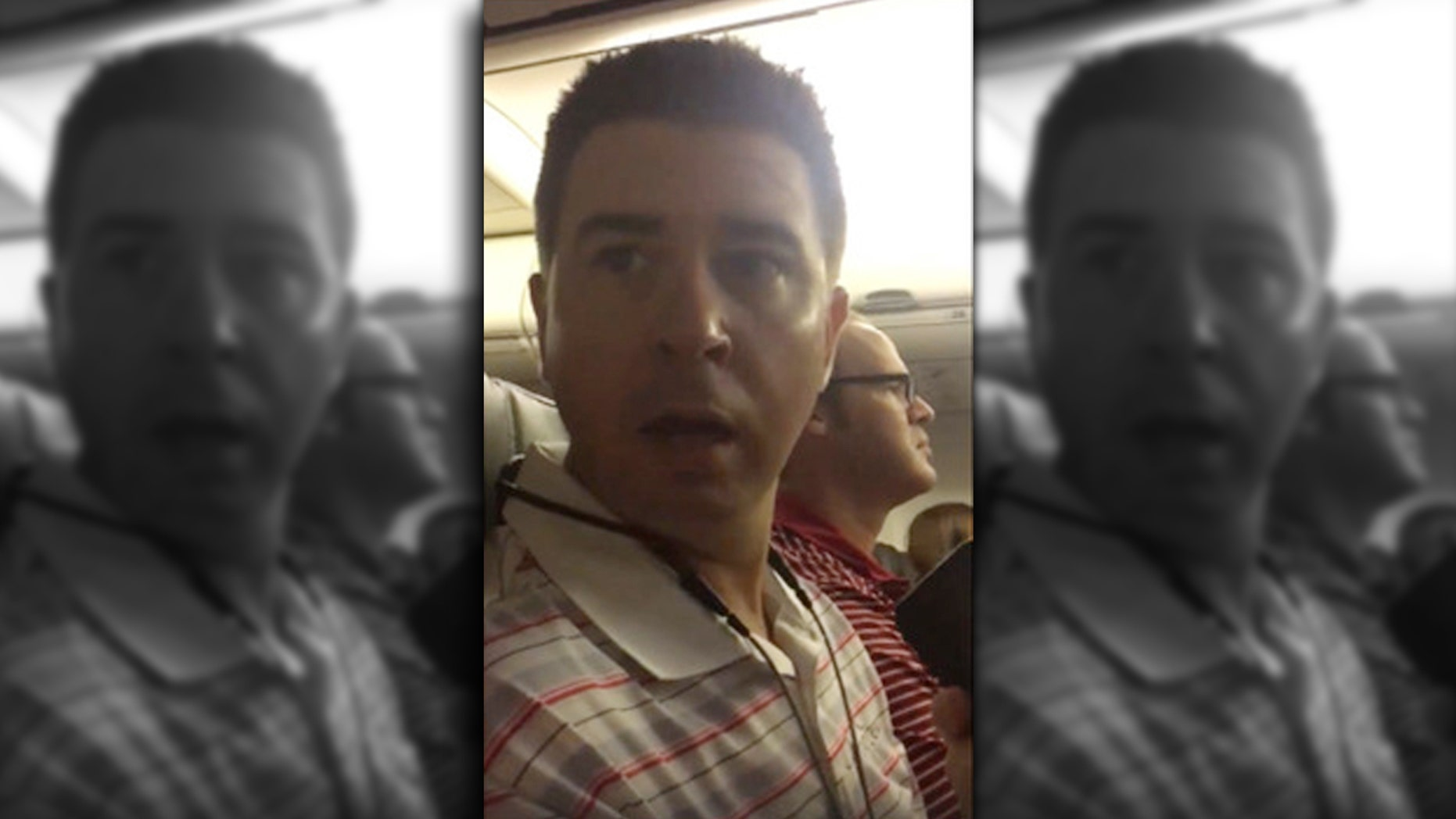 A Tampa woman surprised her husband on board their Chicago-bound flight by having the flight crew help her announce her pregnancy.