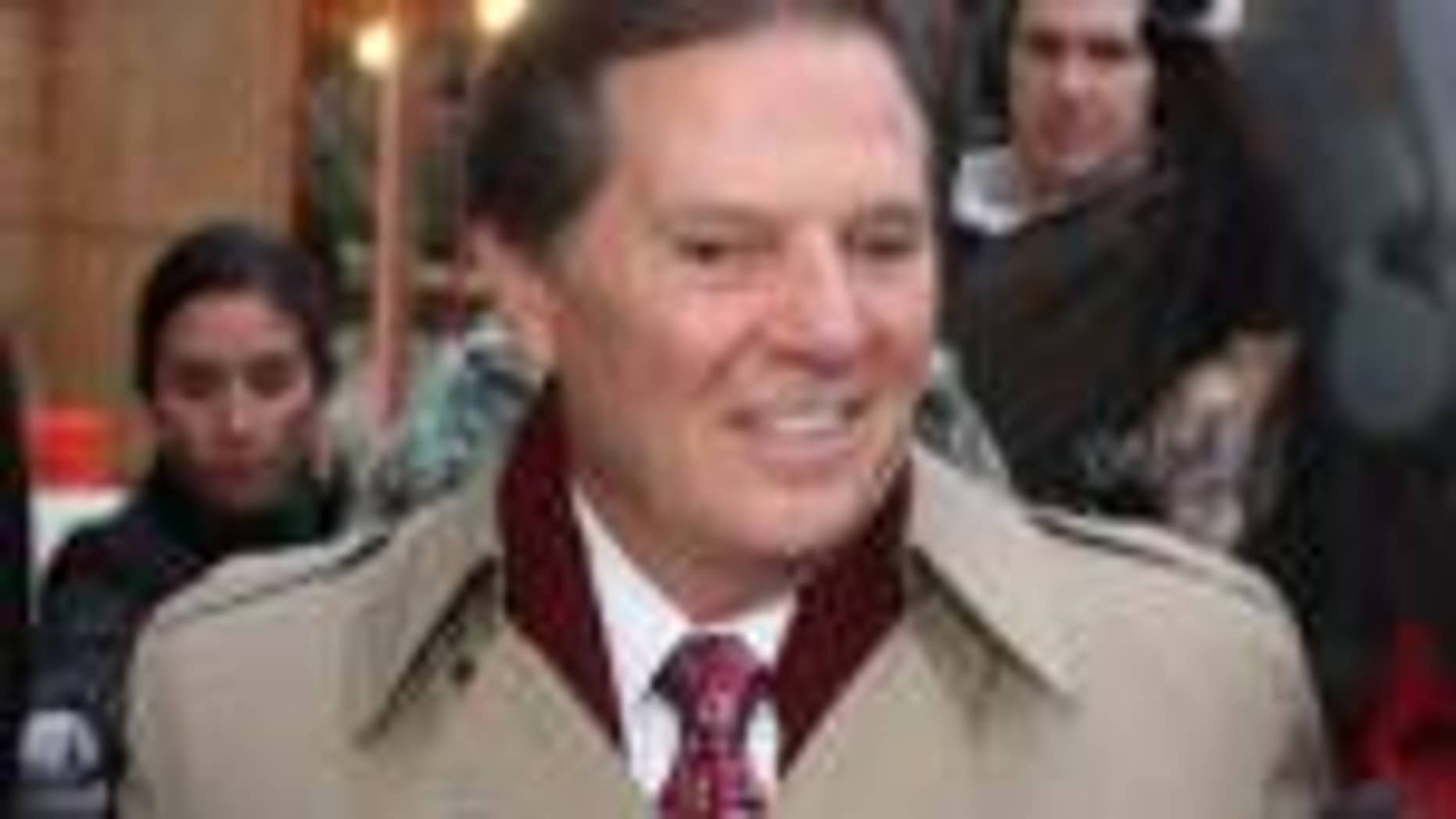 Former House Majority Leader Tom DeLay leaves the Travis Co. Jail after posting an appeals bond in Austin, Texas (AP photo)