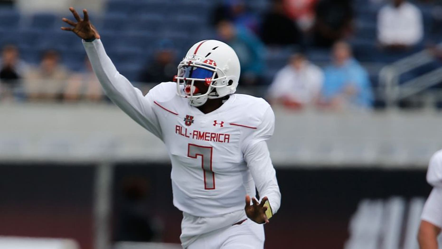 Jan 2, 2016; Orlando, FL, USA; Team Highlight player Dwayne Haskins throws the ball in the Under Armour All American Football Game at the Orlando Citrus Bowl. Team Highlight beat Team Armour 27-0. Mandatory Credit: Reinhold Matay-USA TODAY Sports