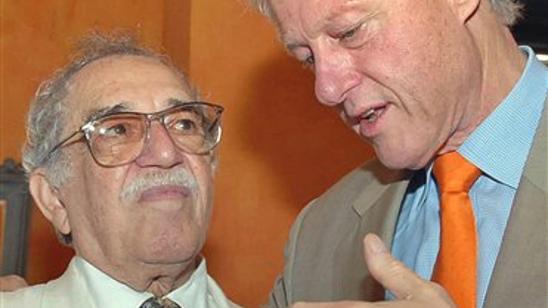 President Clinton and García Márquez in a March 26, 2007 file photo.