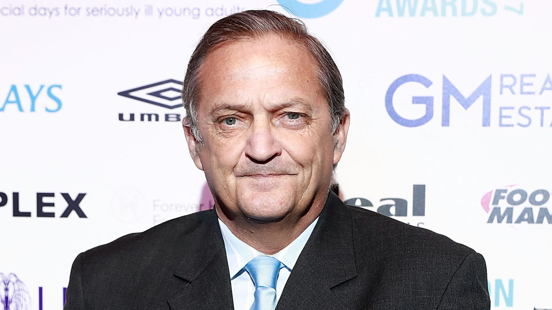 Former English soccer star Gary Mabbutt said he was forced to end his South Africa trip early after a rate ate his foot while he was sleeping.