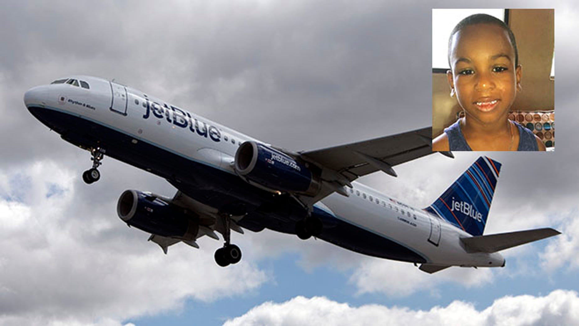 NEW YORK, NY - APRIL 27: A JetBlue plane is seen at John F. Kennedy International Airport April 27, 2012 in the Queens borough of New York City.  (Photo by Allison Joyce/Getty Images)