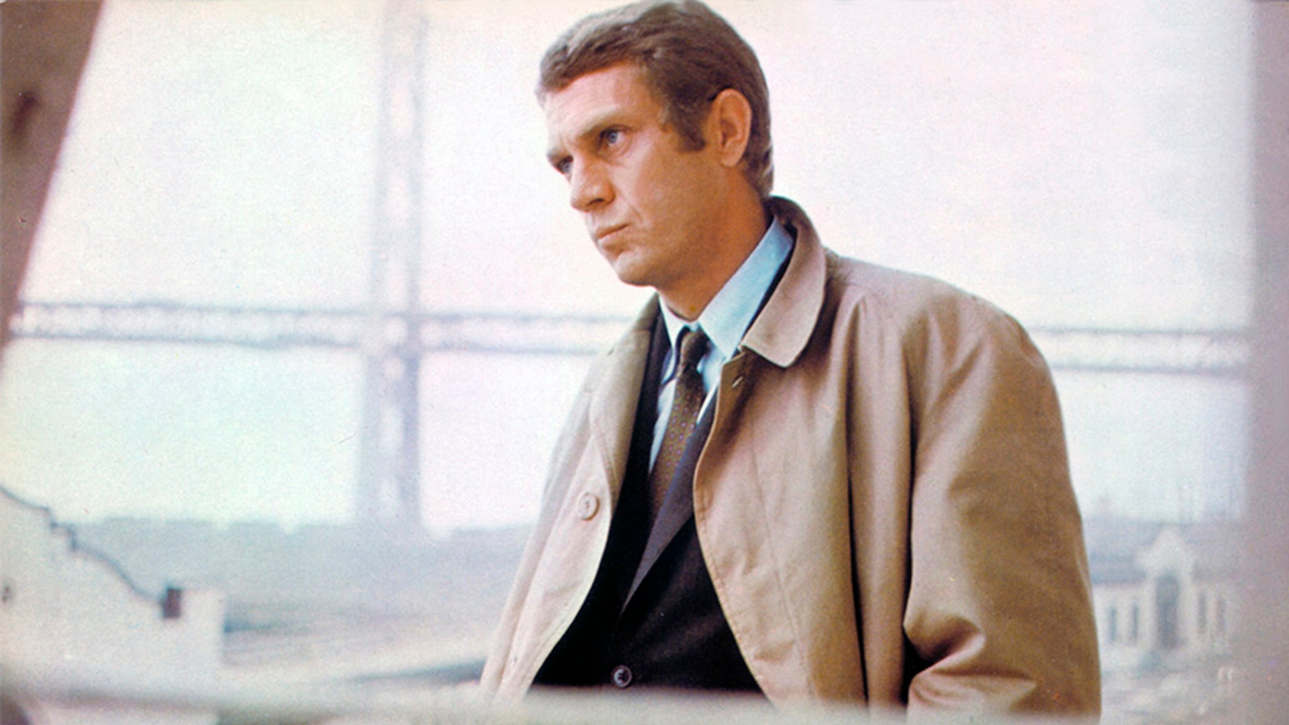 """American actor Steve McQueen on the set of """"Bullitt,"""" directed by Peter Yates."""