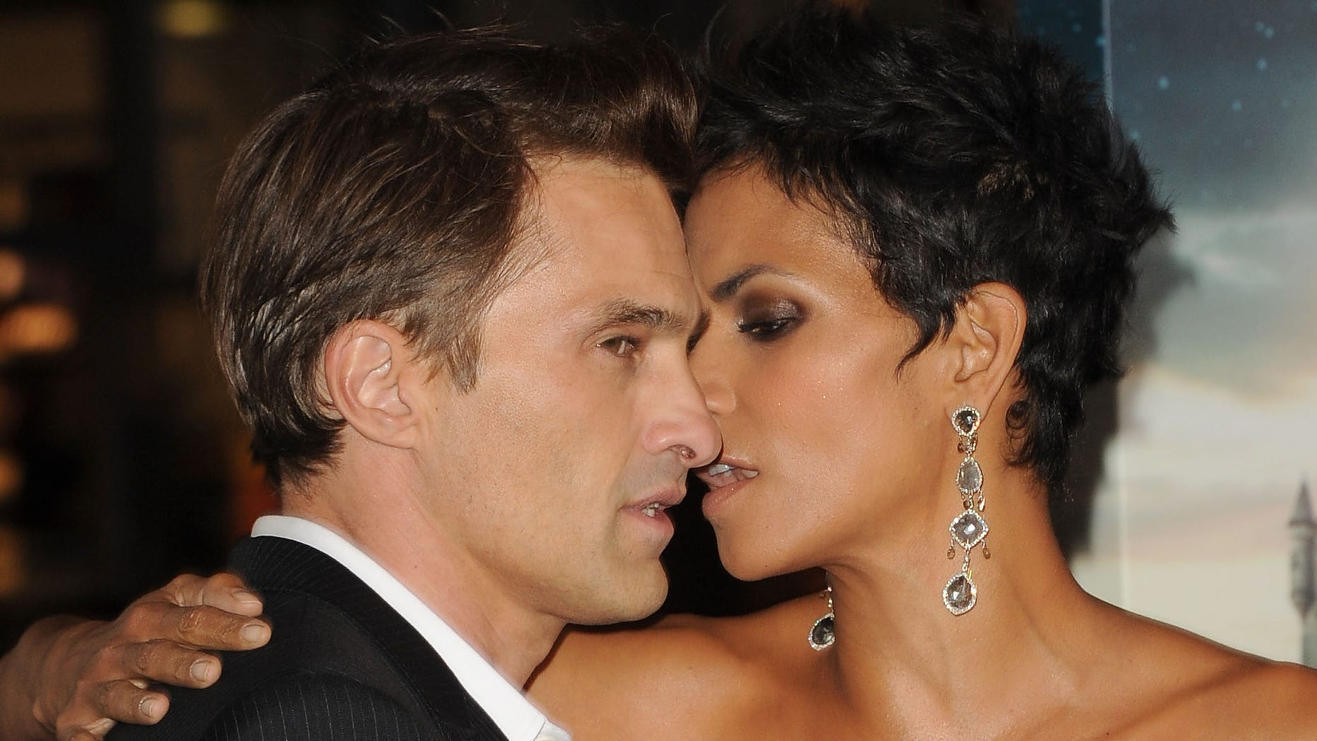 HOLLYWOOD, CA - OCTOBER 24:  Actors Olivier Martinez and Halle Berry arrive at Warner Bros. Pictures' 'Cloud Atlas' premiere at Grauman's Chinese Theatre on October 24, 2012 in Hollywood, California.  (Photo by Jason Merritt/Getty Images)