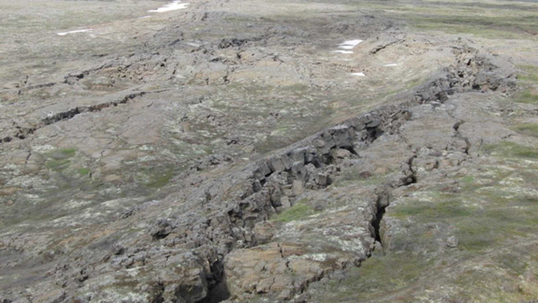 The Húsavík-Flatey Fault in Iceland. Mineral levels in groundwater near the fault changed before two earthquakes.