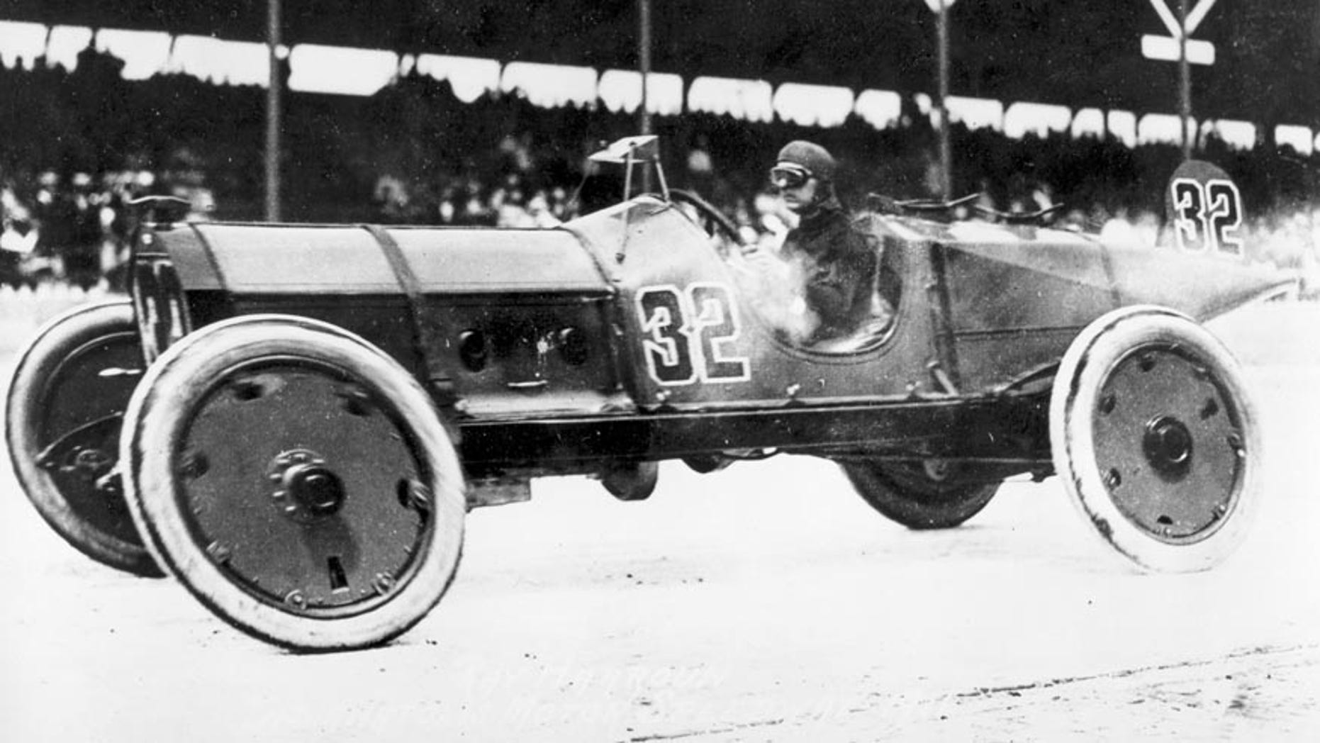 Ray Harroun races in the 1911 Indy 500.