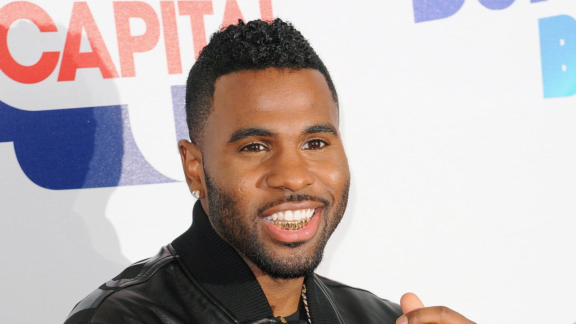 Jason Derulo failed to show up to FIFA's World Cup opening ceremony.