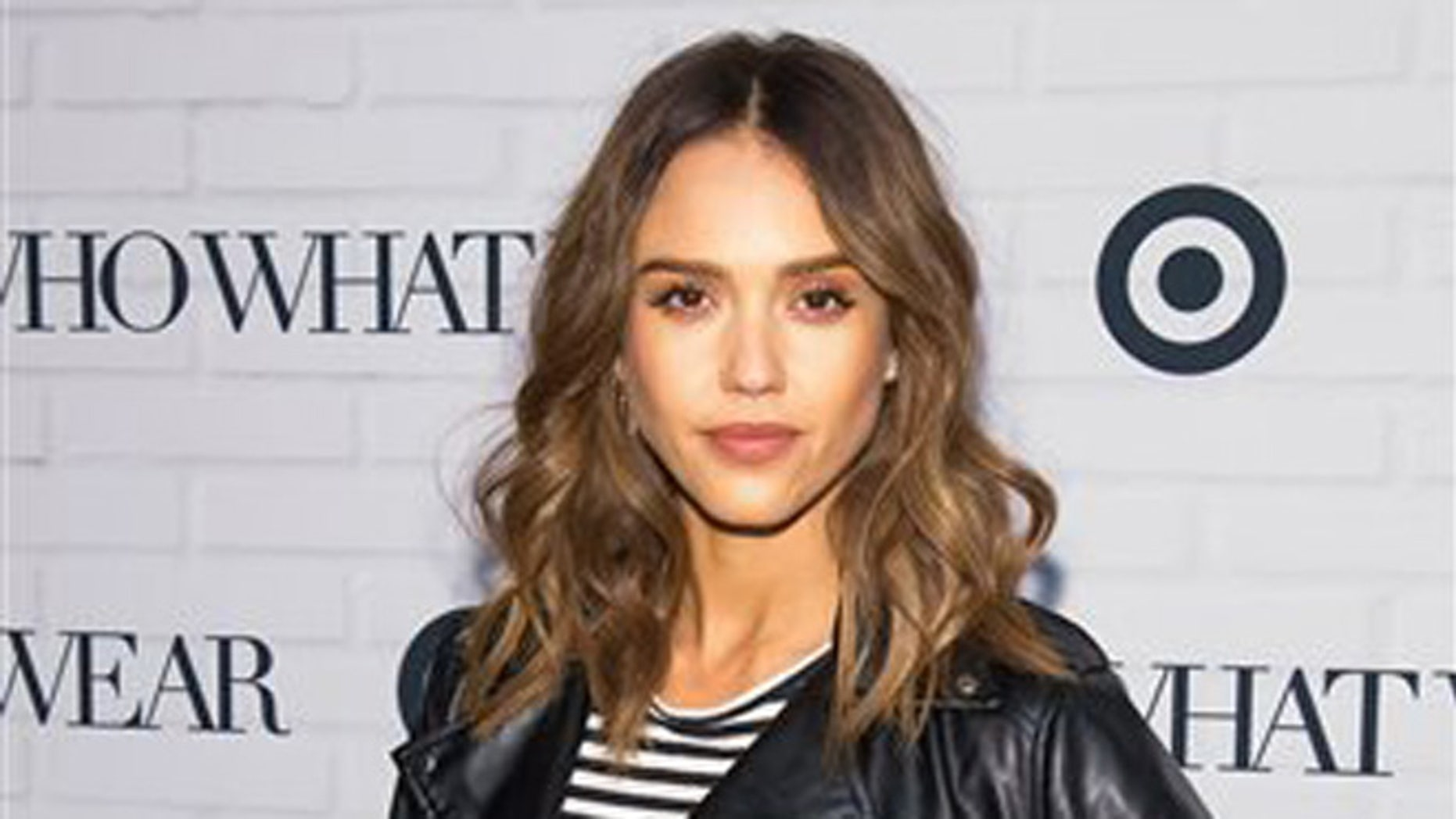 71cfb424aa Jessica Alba's Honest Co. says recent ingredient report is 'reckless ...