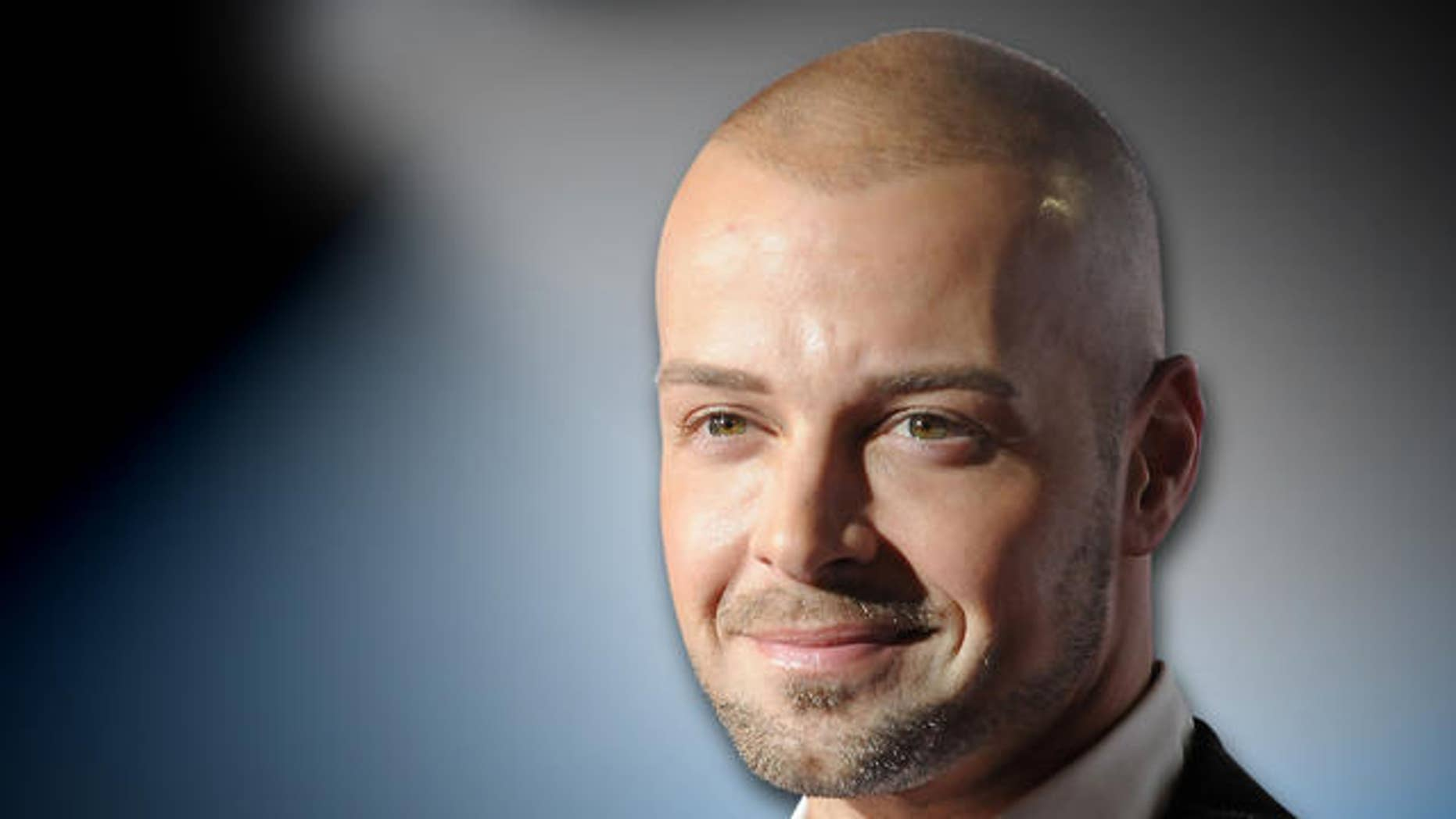 Exclusive Joey Lawrence Says Obama Didnt Bring Change Endorses