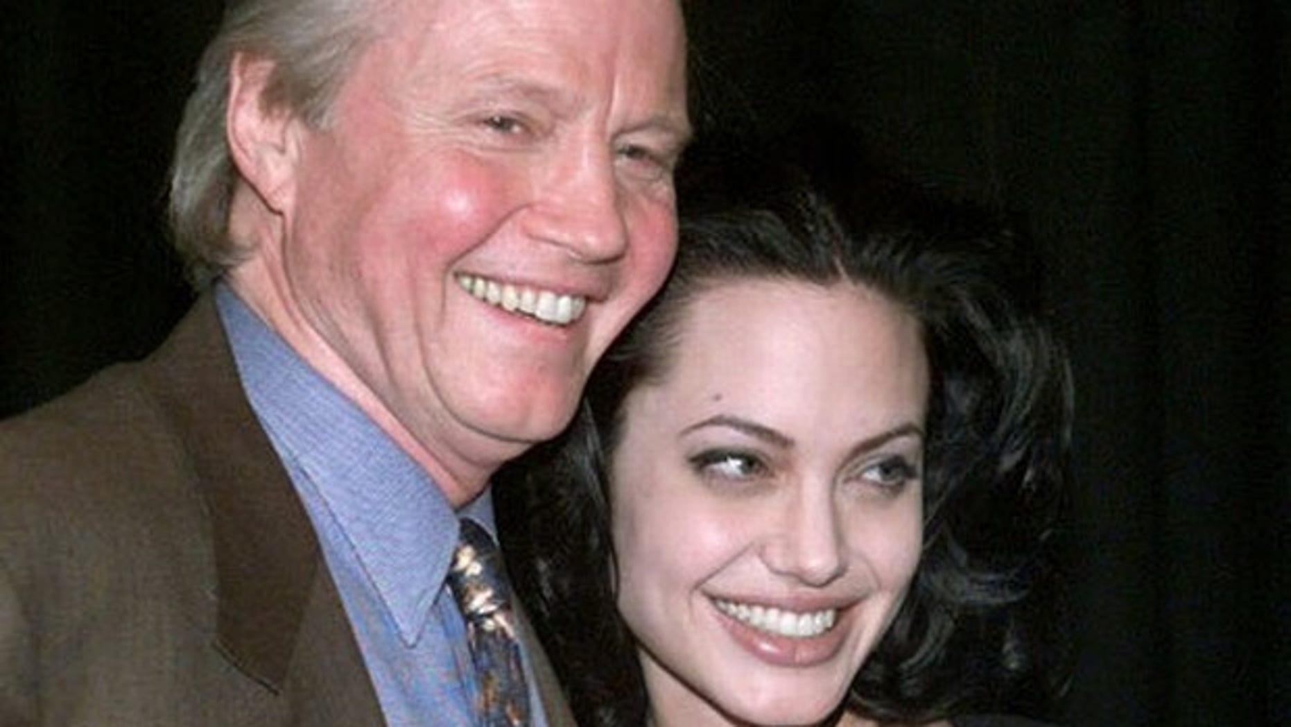 Jon Voight and daughter Angelina Jolie in 2000.