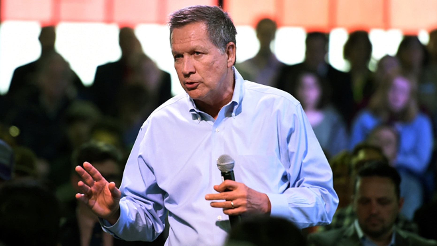 Republican presidential candidate Ohio Gov. John Kasich speaks at a town hall meeting in Portland, Ore., Thursday, April 28 , 2016. (AP Photo/Steve Dykes)