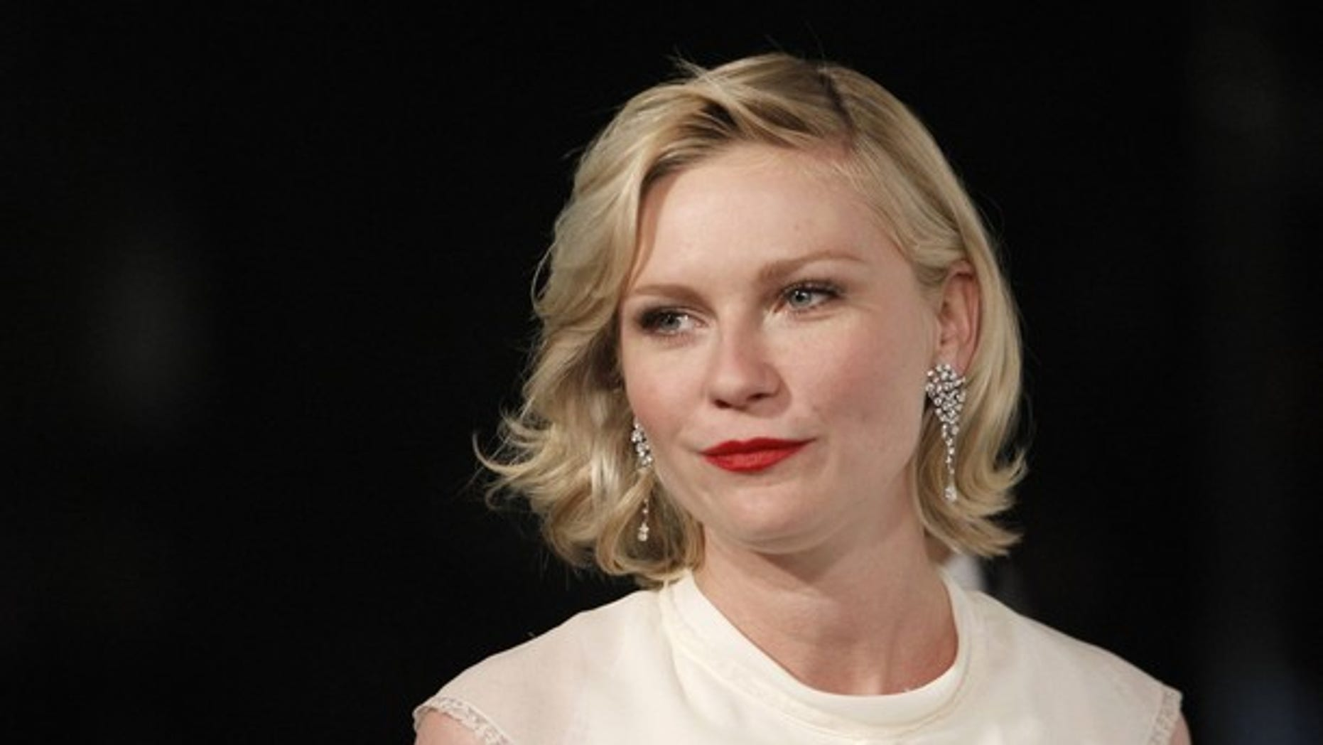 Nov. 13: Actress Kirsten Dunst arrives at the annual gala for The Museum of Contemporary Art, Los Angeles.