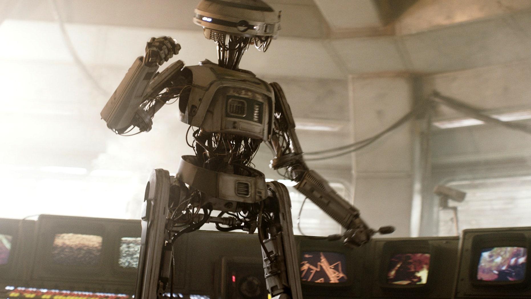 "Phoebe Waller-Bridge plays L3-37 in ""Solo: A Star Wars Story"""