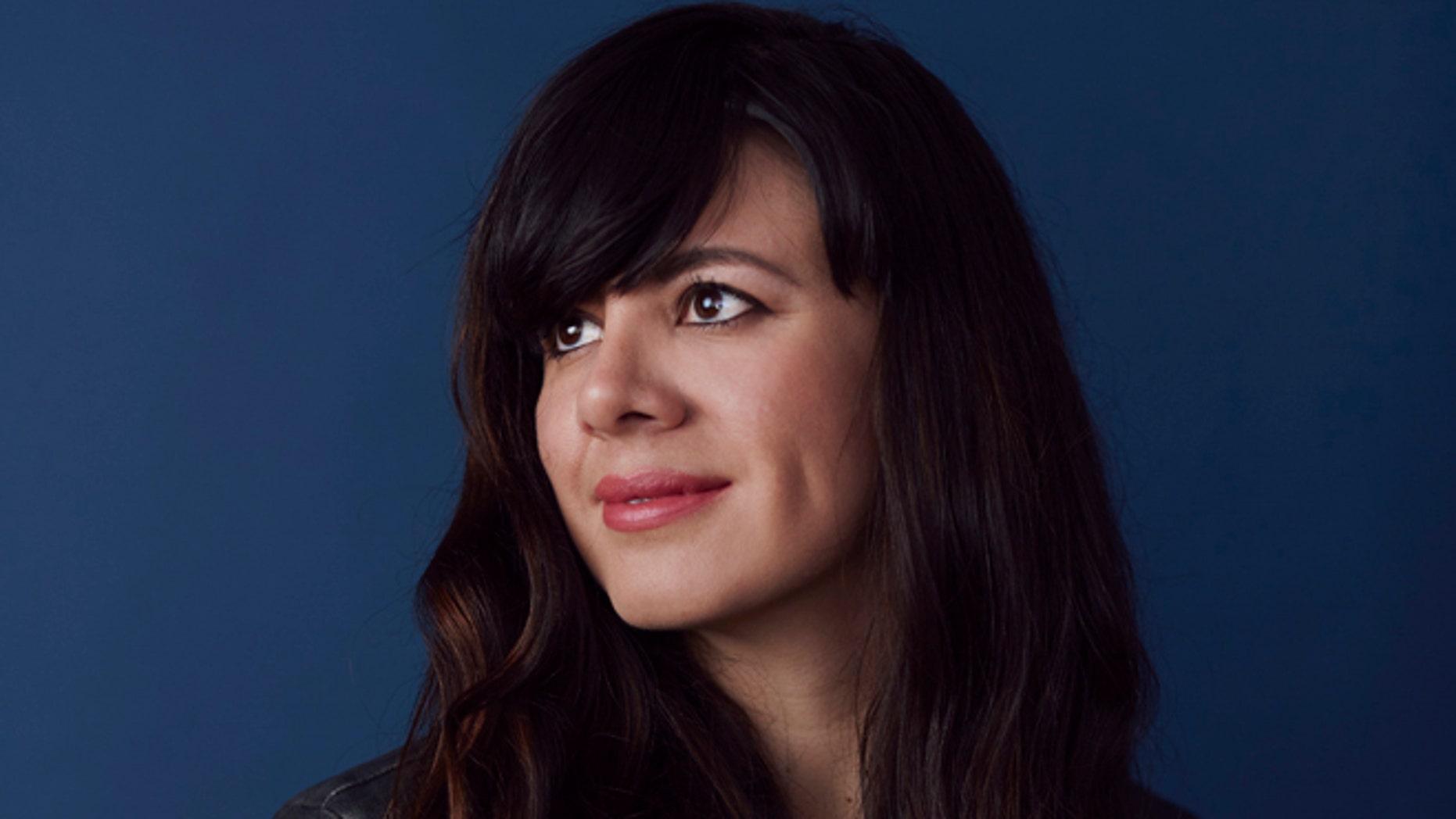 Laura Gomez.