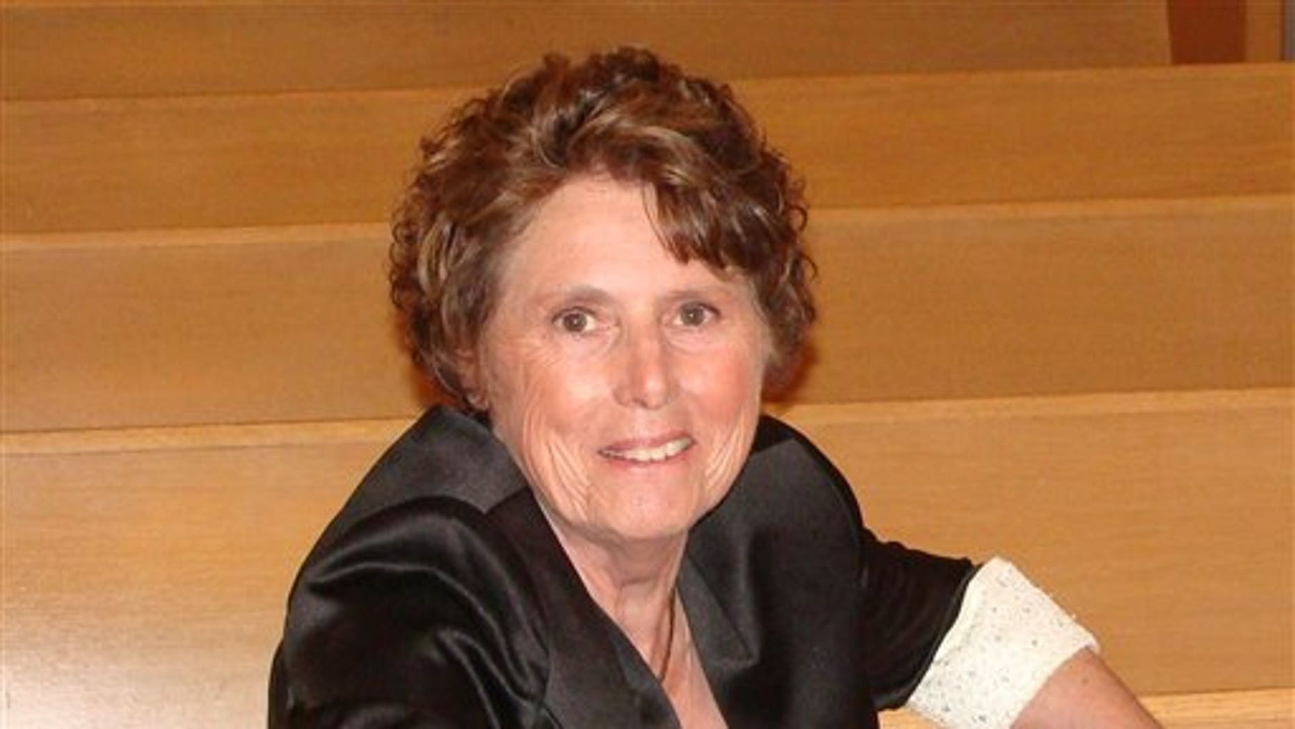 Lilian Cary of Howell, Mich.