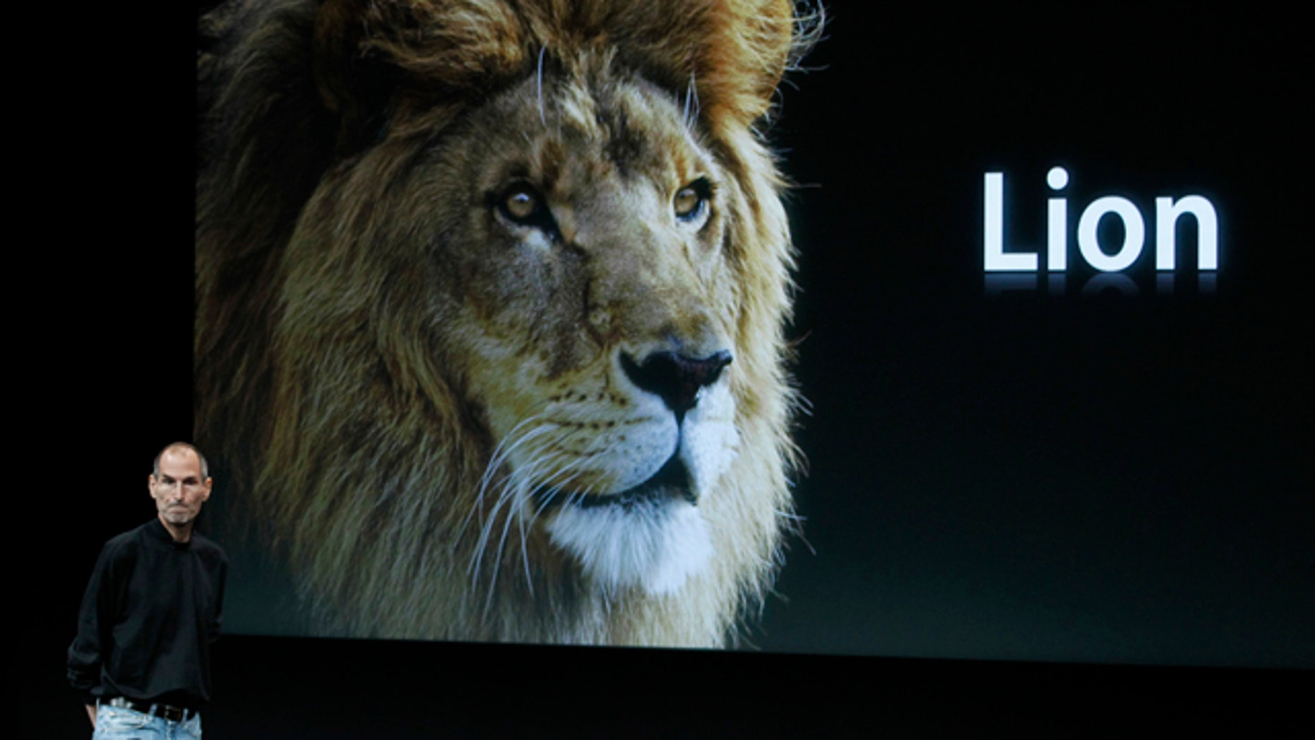 Apple CEO Steve Jobs talks about the new Apple Mac X Lion at Apple headquarters in Cupertino, Calif., Wednesday, Oct. 20, 2010. (AP Photo/Tony Avelar)