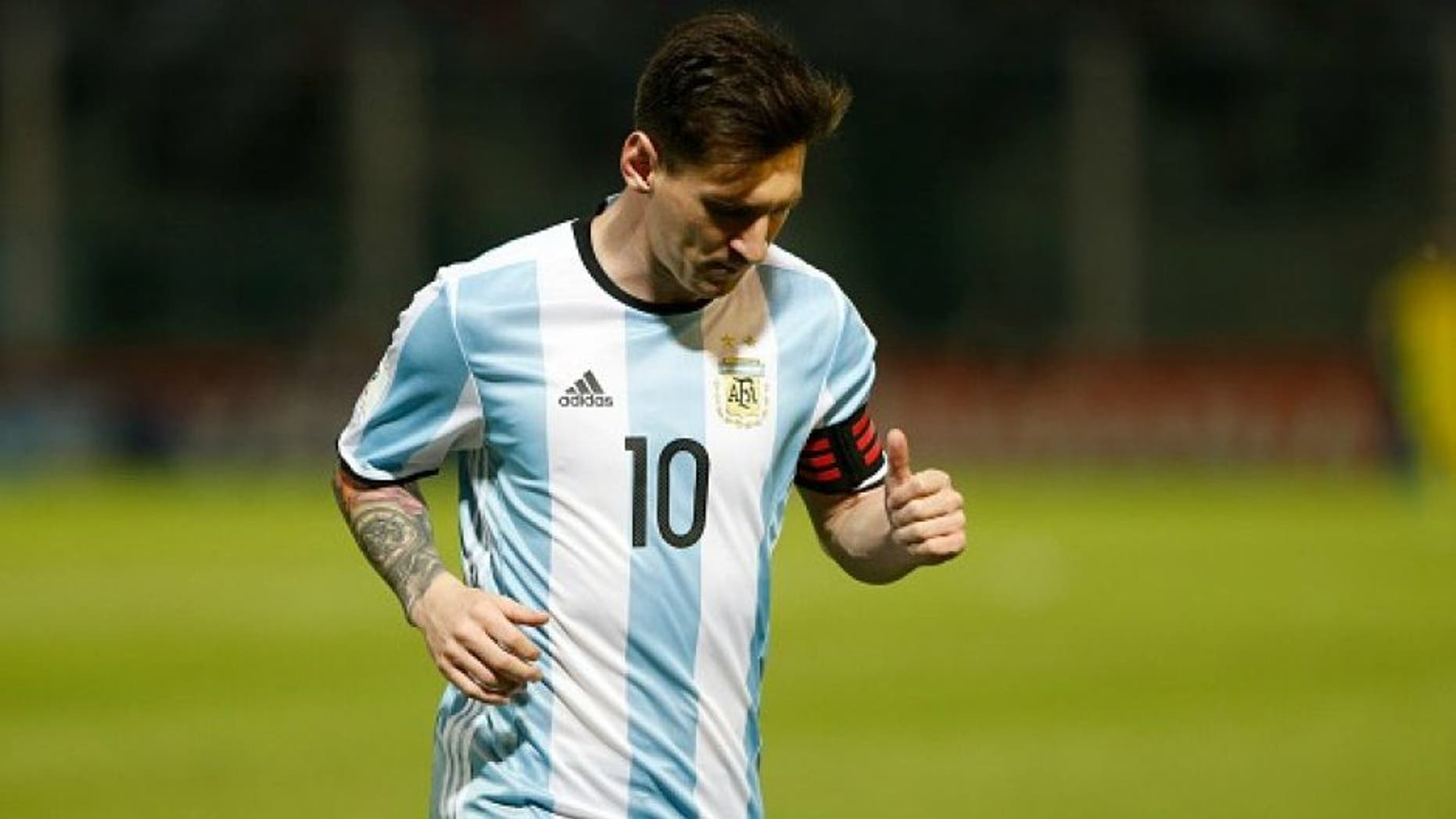 CORDOBA, ARGENTINA - MARCH 29: Lionel Messi of Argentina in action during a match between Argentina and Bolivia as part of FIFA 2018 World Cup Qualifiers at Mario Alberto Kempes Stadium on March 29, 2016 in Cordoba, Argentina. (Photo by Gabriel Rossi/LatinContent/Getty Images)