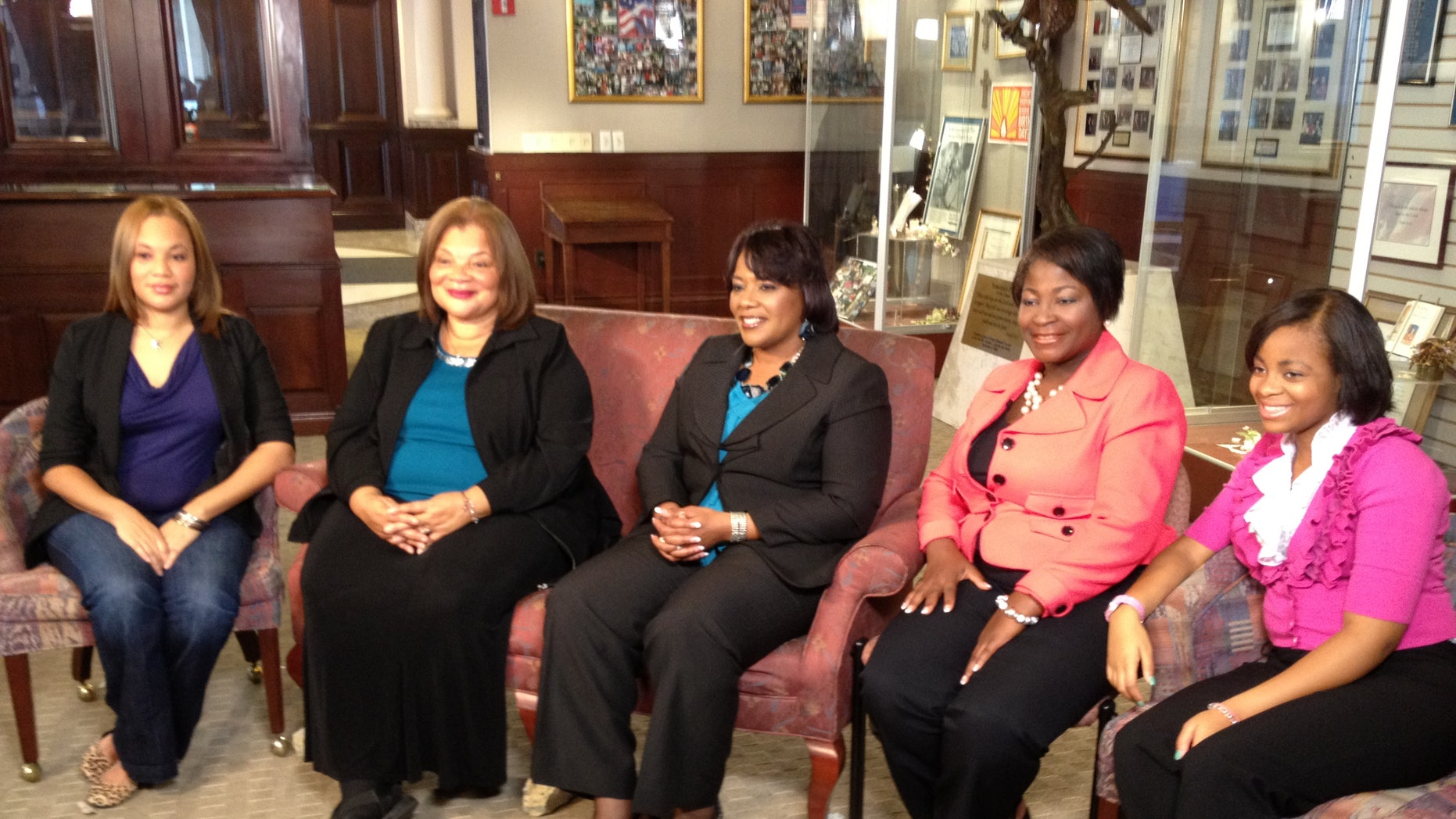 From Left to Right: Jennifer King 26,Grand Niece, Alveda C. King 61, Niece, Bernice A. King 48, Daughter, Angela  Farris Watkins, 47, Niece, Farris Watkins 14, Grand Niece