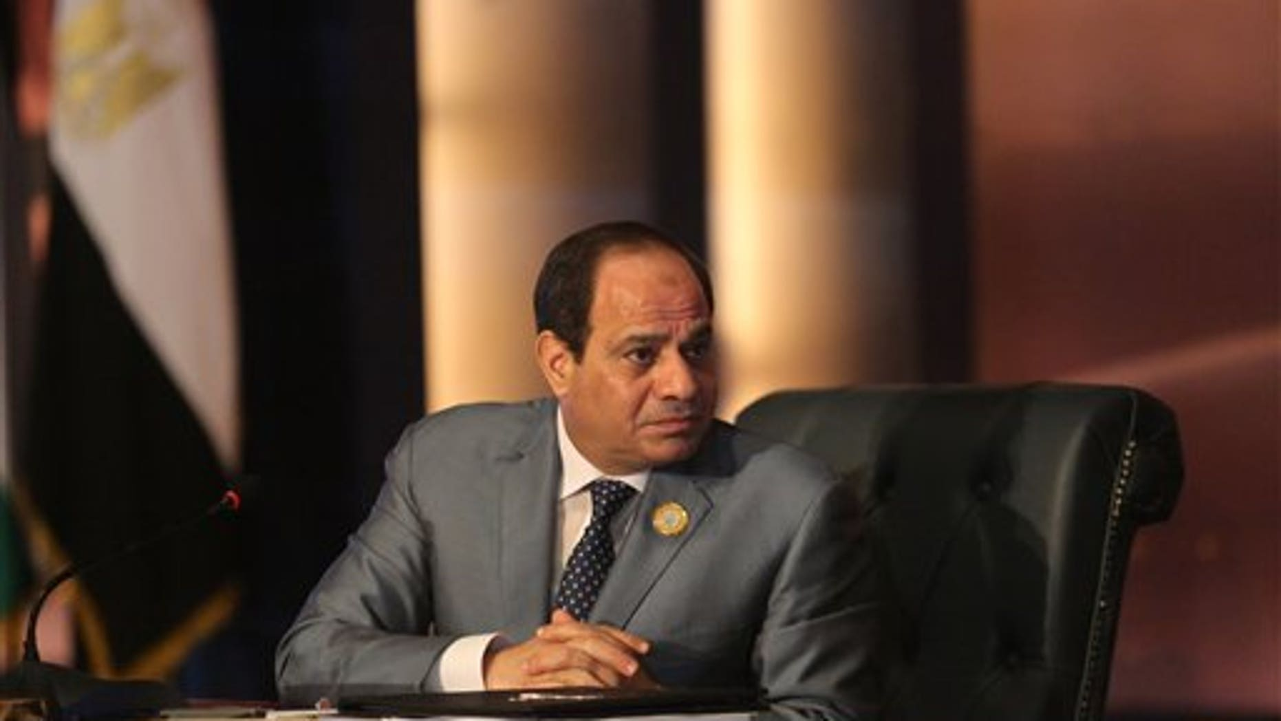 Egyptian President Abdel Fattah el-Sisi chairs an Arab foreign ministers meeting during summit in Sharm el-Sheikh, South Sinai, Egypt, Sunday, March 29, 2015.