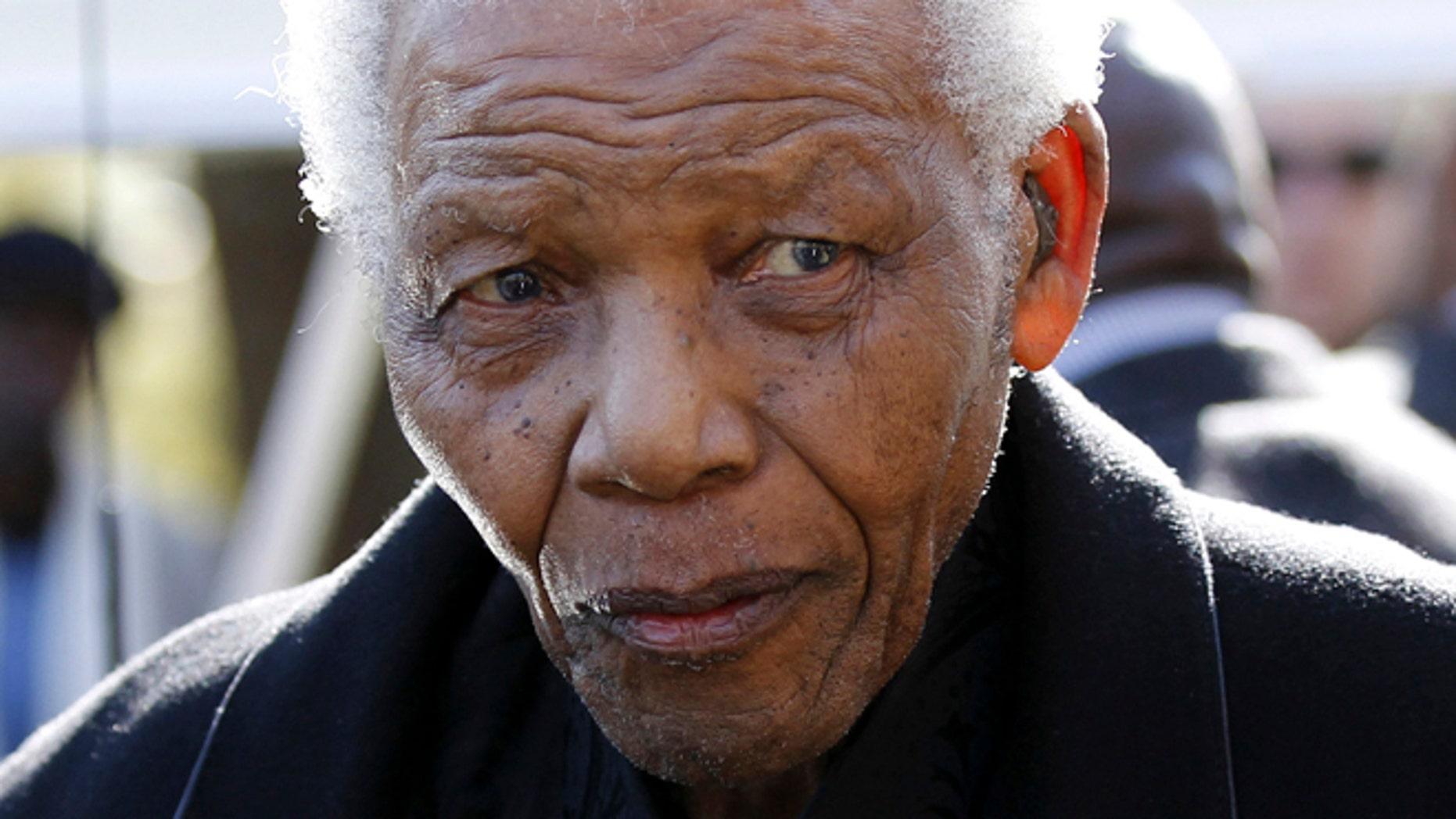 FILE: Nelson Mandela.