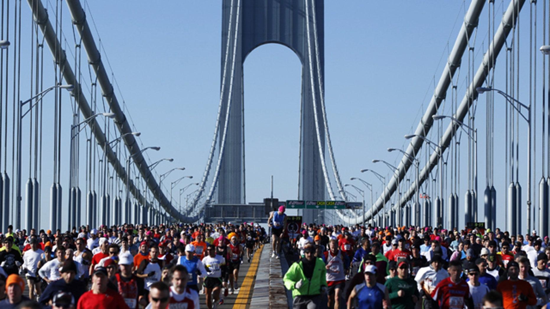 Runners cross the Verrazano-Narrows Bridge during the New York Marathon November 7, 2010.