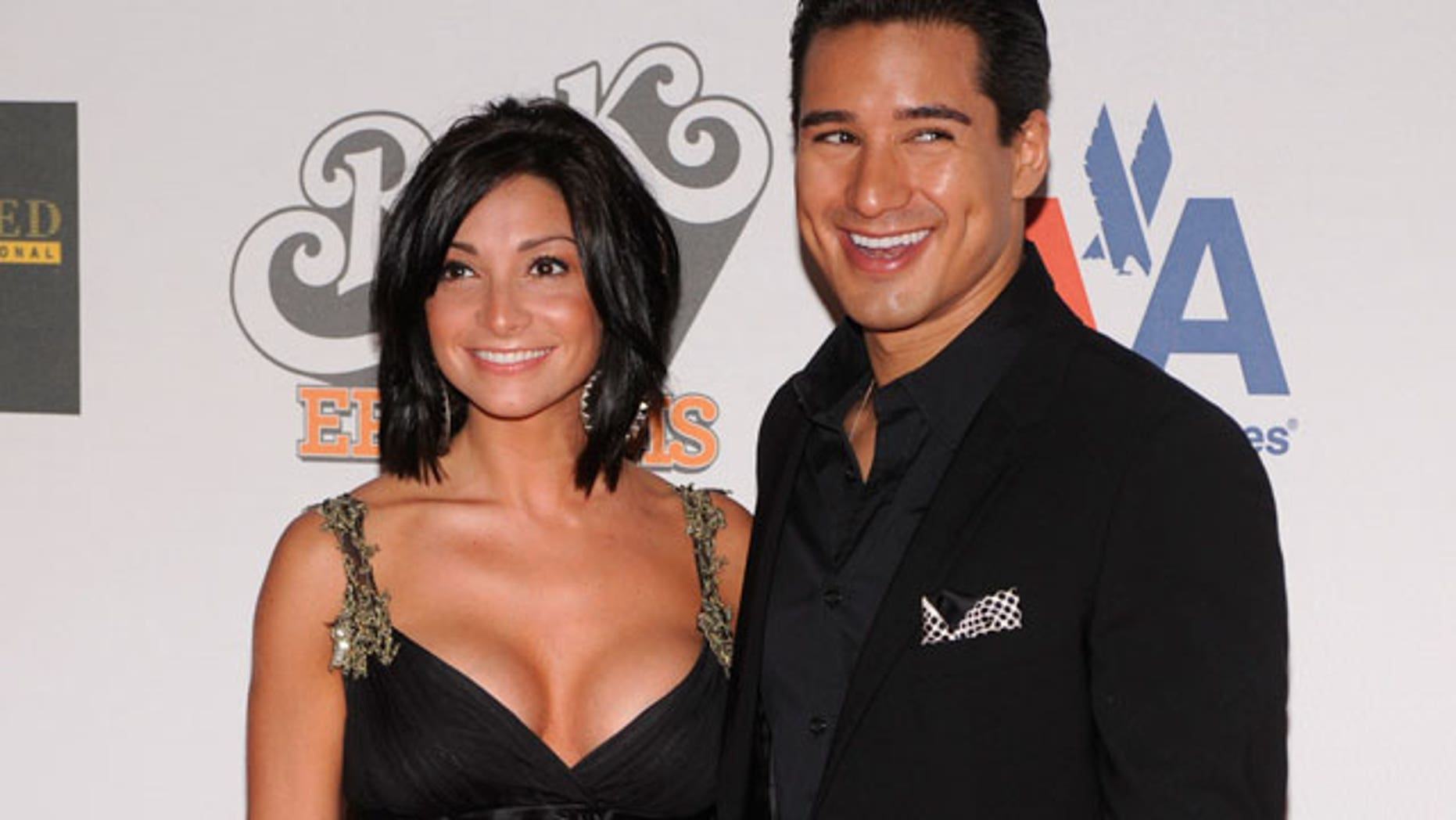 Body Obsessed Mario Lopez Persuaded Girlfriend To Lose Weight Have Plastic Surgery Fox News