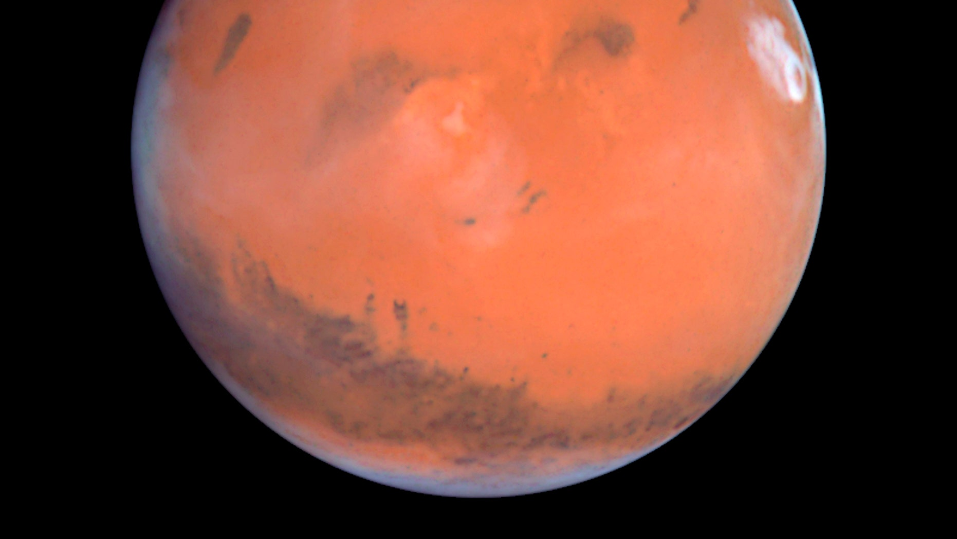 This 1999 Hubble telescope image shows Mars when Mars was 54 million miles from Earth.
