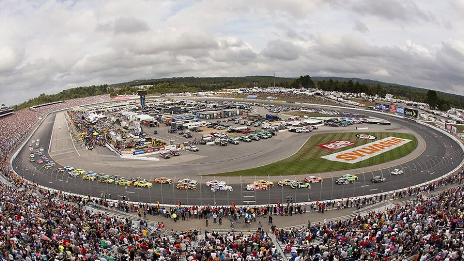 LOUDON, NH - SEPTEMBER 21: The start of the NASCAR Sylvania 300 at the New Hampshire Motor Speedway on Sunday, September 21, 2014. (Photo by Matthew J. Lee/The Boston Globe via Getty Images)