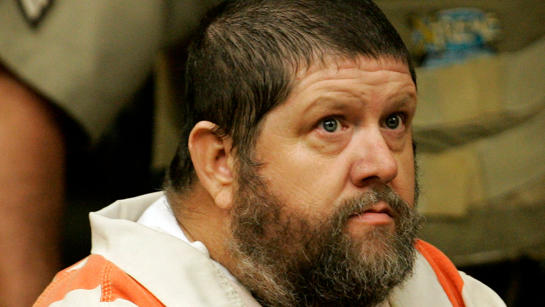 May 28, 2009: Robert Kenneth Stewart attends a hearing at Moore County Superior Court in Carthage, North Carolina. Stewart faces eight counts of first-degree murder.