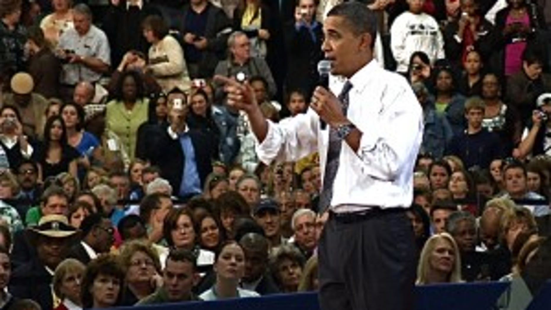 President Obama addresses a town hall audience in Tampa, FL (photo by Craig Savage)
