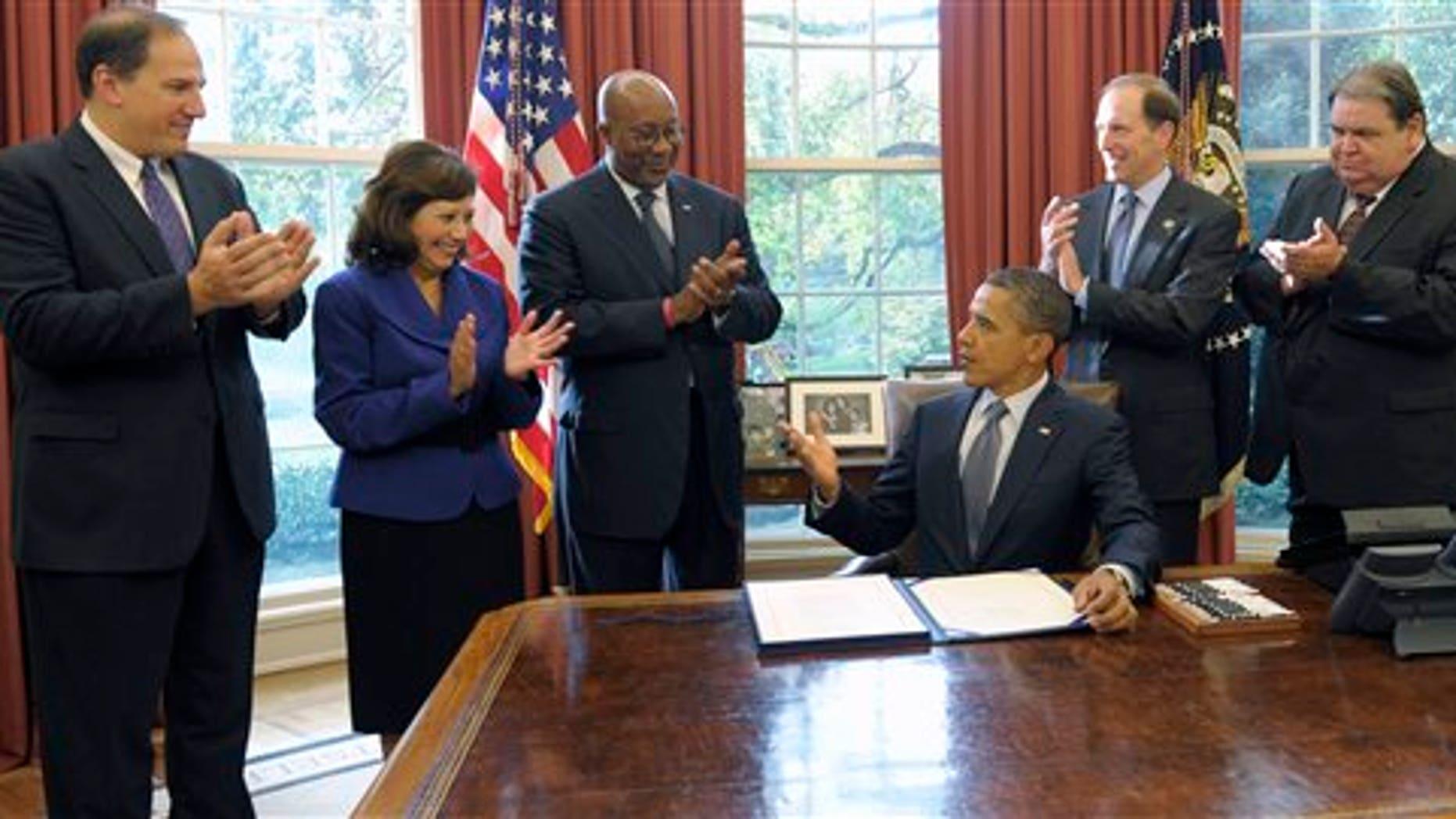 Obama Signs 3 Trade Deals Biggest Since Nafta Fox News