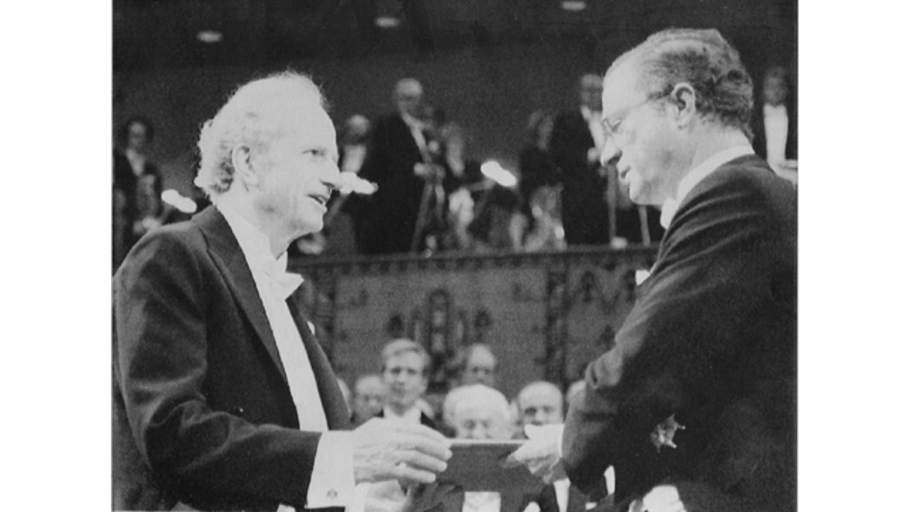File-This Dec. 10 1992, file photo shows Gary S. Becker, left, from the University of Chicago, receiving the 1992 Nobel Economics Prize from Sweden's King Carl Gustaf, during the Nobel awarding ceremony in the Concert Hall in Stockholm. Becker died Saturday, May 3, 2014, at Northwestern Hospital from complications after an extended illness. He was 83. (AP Photo/Tobbe Gustavsson,File)