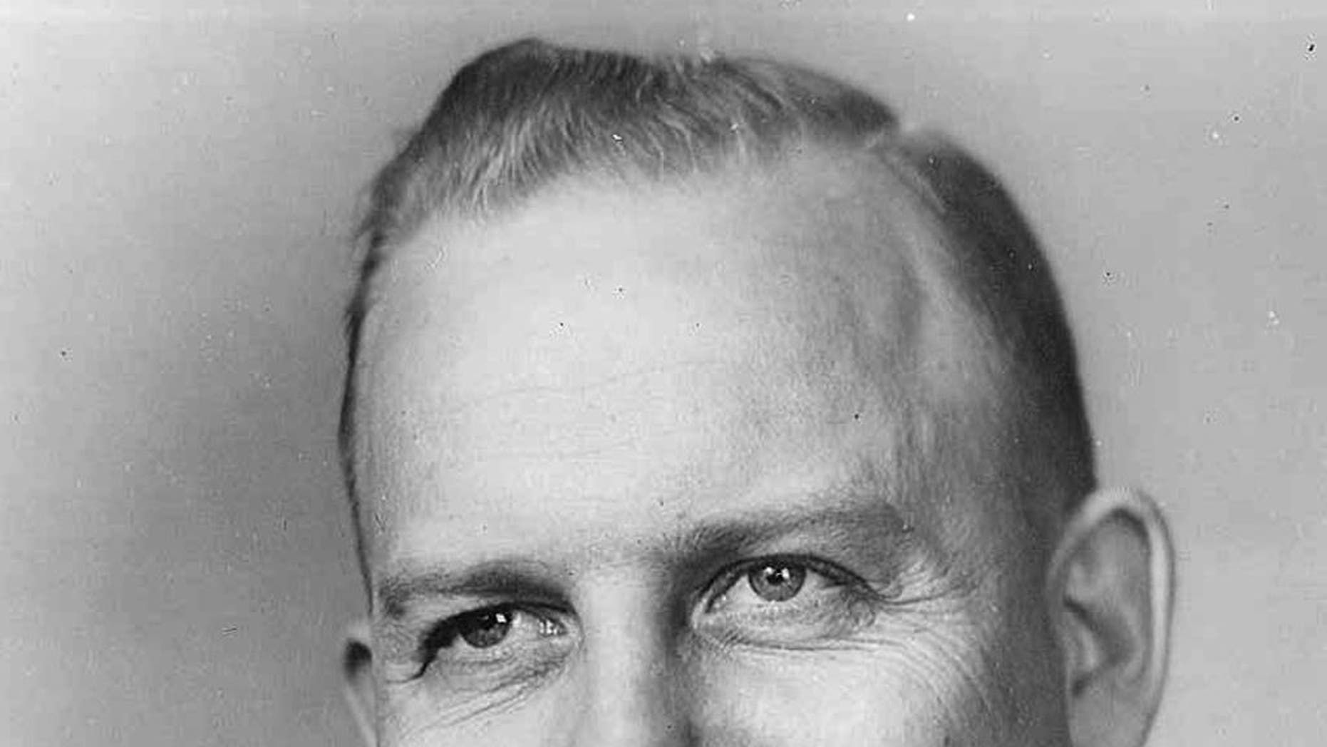 """In this photo provided by the University of North Dakota is head football coach Marvin """"Whitey"""" Helling who was UND's head football  coach from 1957 to 1967. The University said Tuesday, Dec.  2, 2014 that Helling, a native of Luverne, Minn., died Sunday in Florida.  He was 91. (AP Photo/University of North Dakota)"""