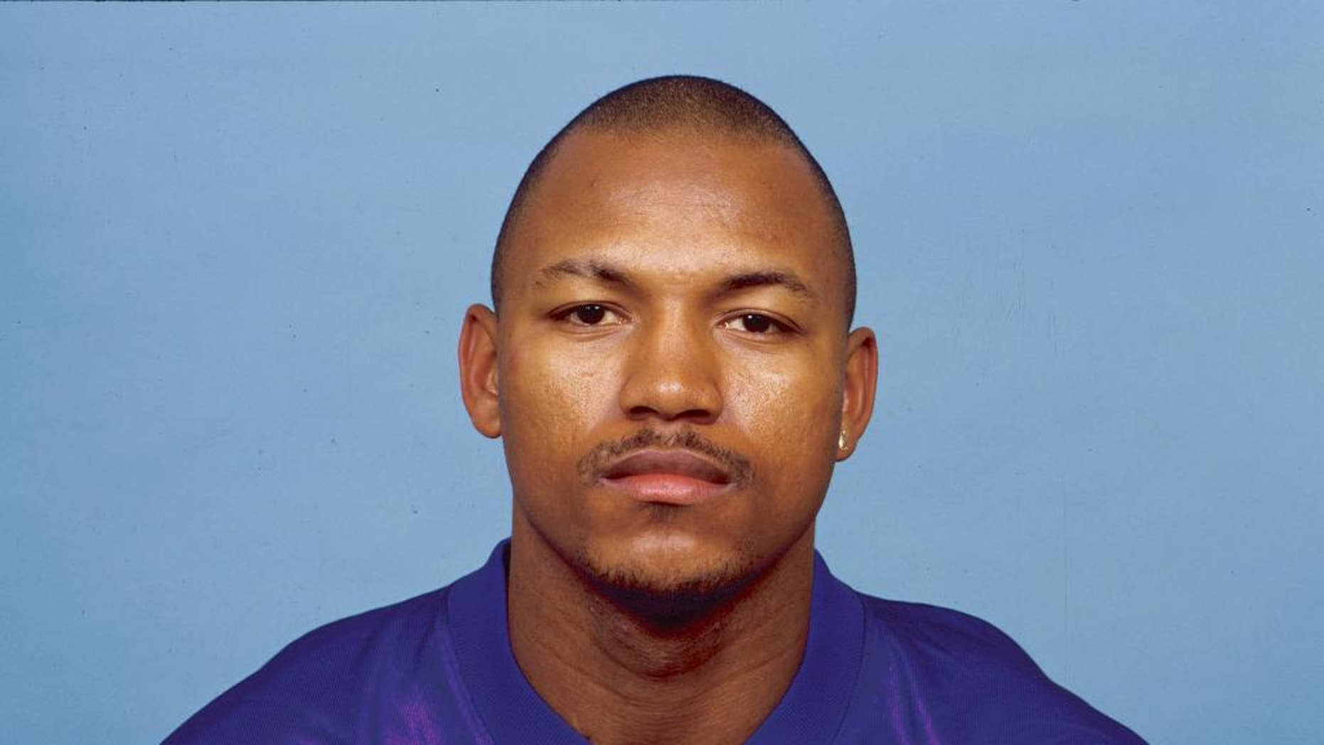 This 1999 photo provided by the NFL shows then-Minnesota Vikings football player Orlando Thomas. Thomas died Sunday night, Nov. 9, 2014, in his hometown of Crowley, La.,  of complications from ALS. He was 42.  (AP Photo/NFL Photos)