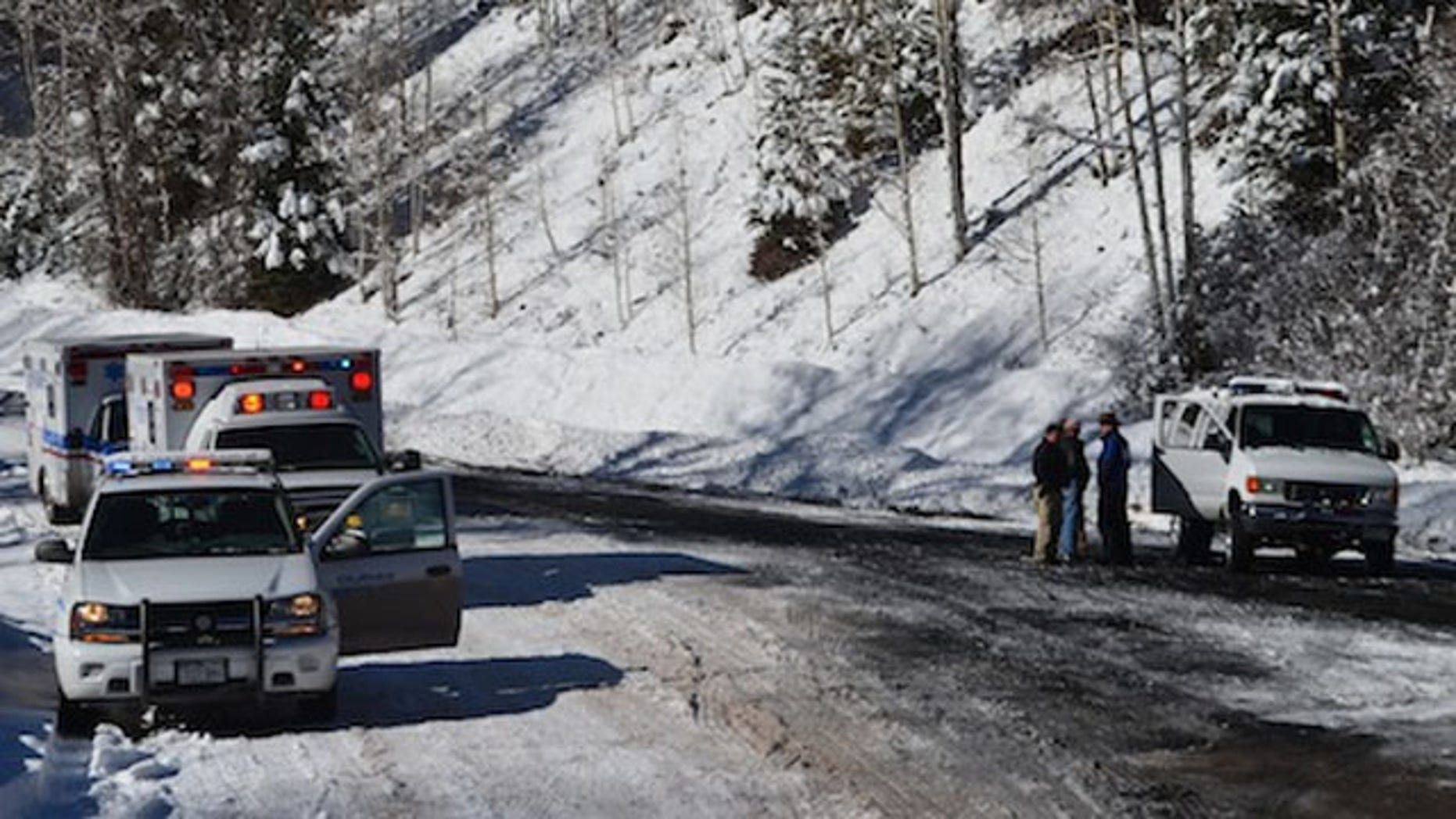 November 17, 2013: Emergency vehicles block the road near the Revenue-Virginius mine near Ourand, Colo. after an accident that killed two miners and injured 20 others. (Courtesy OurayNews.com)