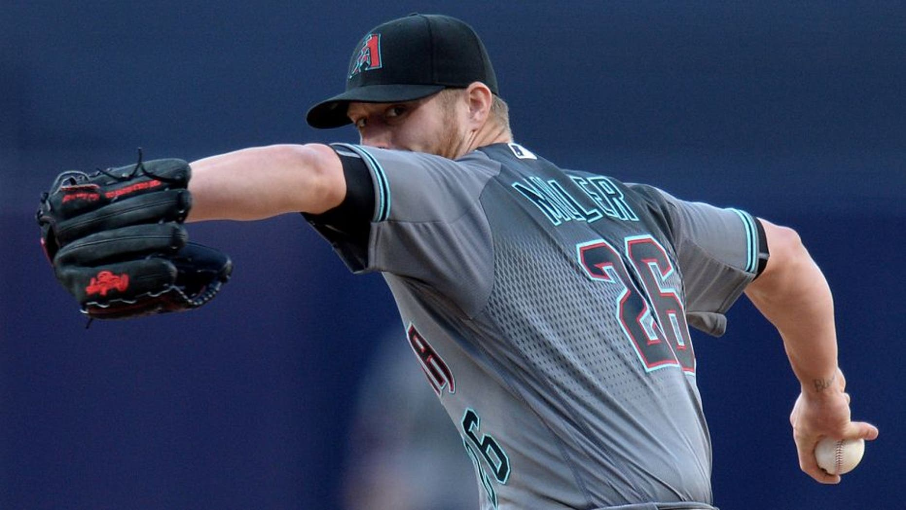 Apr 16, 2016; San Diego, CA, USA; Arizona Diamondbacks starting pitcher Shelby Miller (26) throws the ball during the first inning against the San Diego Padres at Petco Park. Mandatory Credit: Jake Roth-USA TODAY Sports